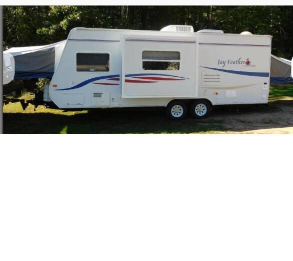 Two pop out beds and a side bump out make this trailer spacious inside and easier to tow.. Jayco Jay Feather Ultra Lite 2007