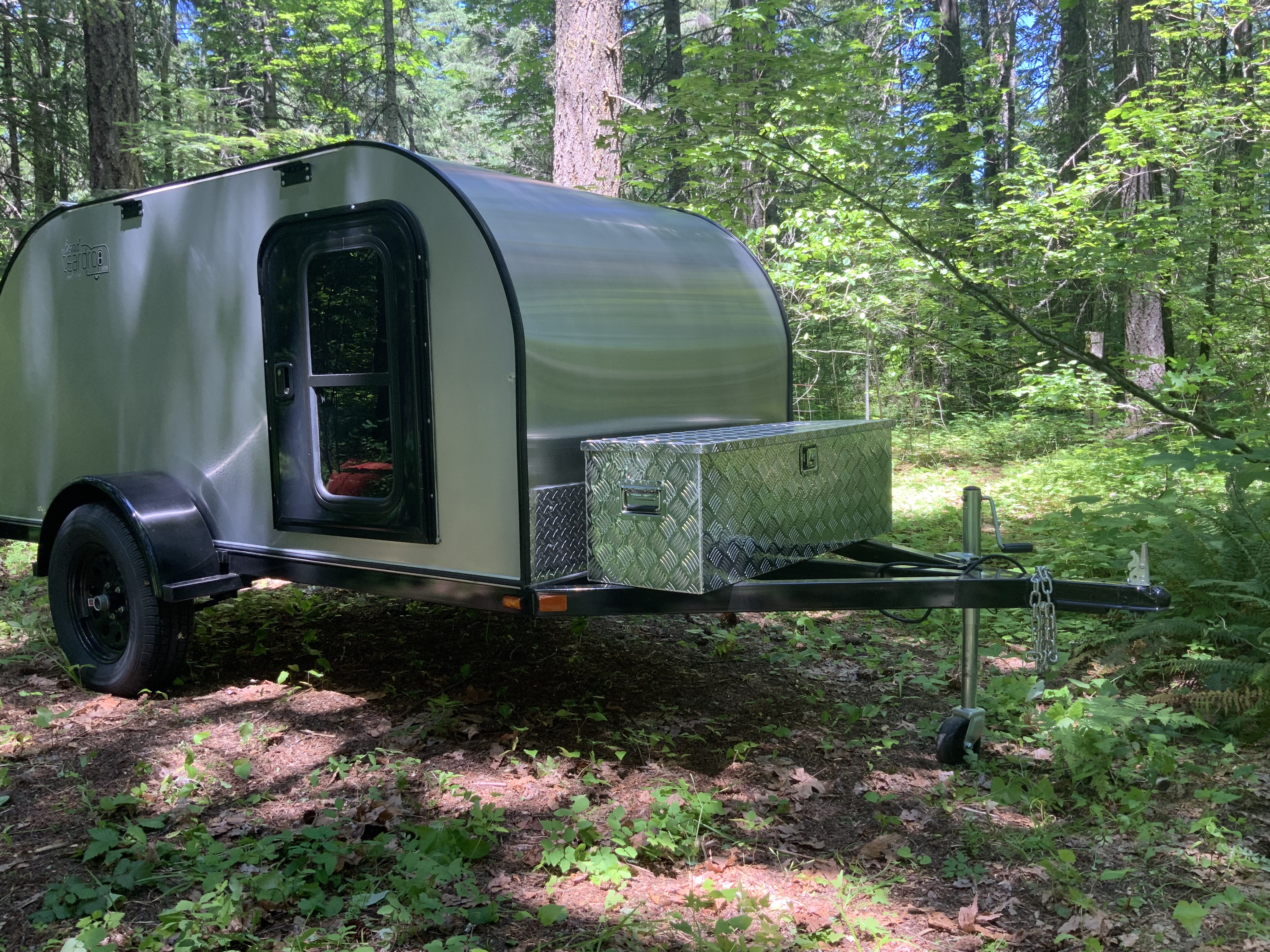 forest camp in shade. Bend Teardrop 5' x 10' 2019