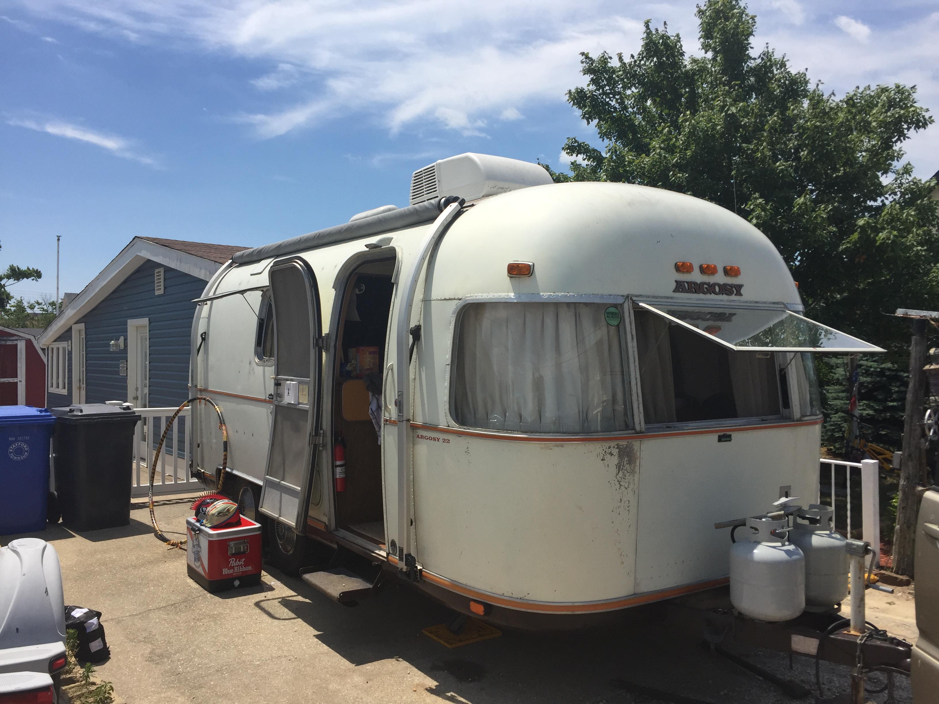 July 4 2018 beach camping. Airstream Argosy 1974