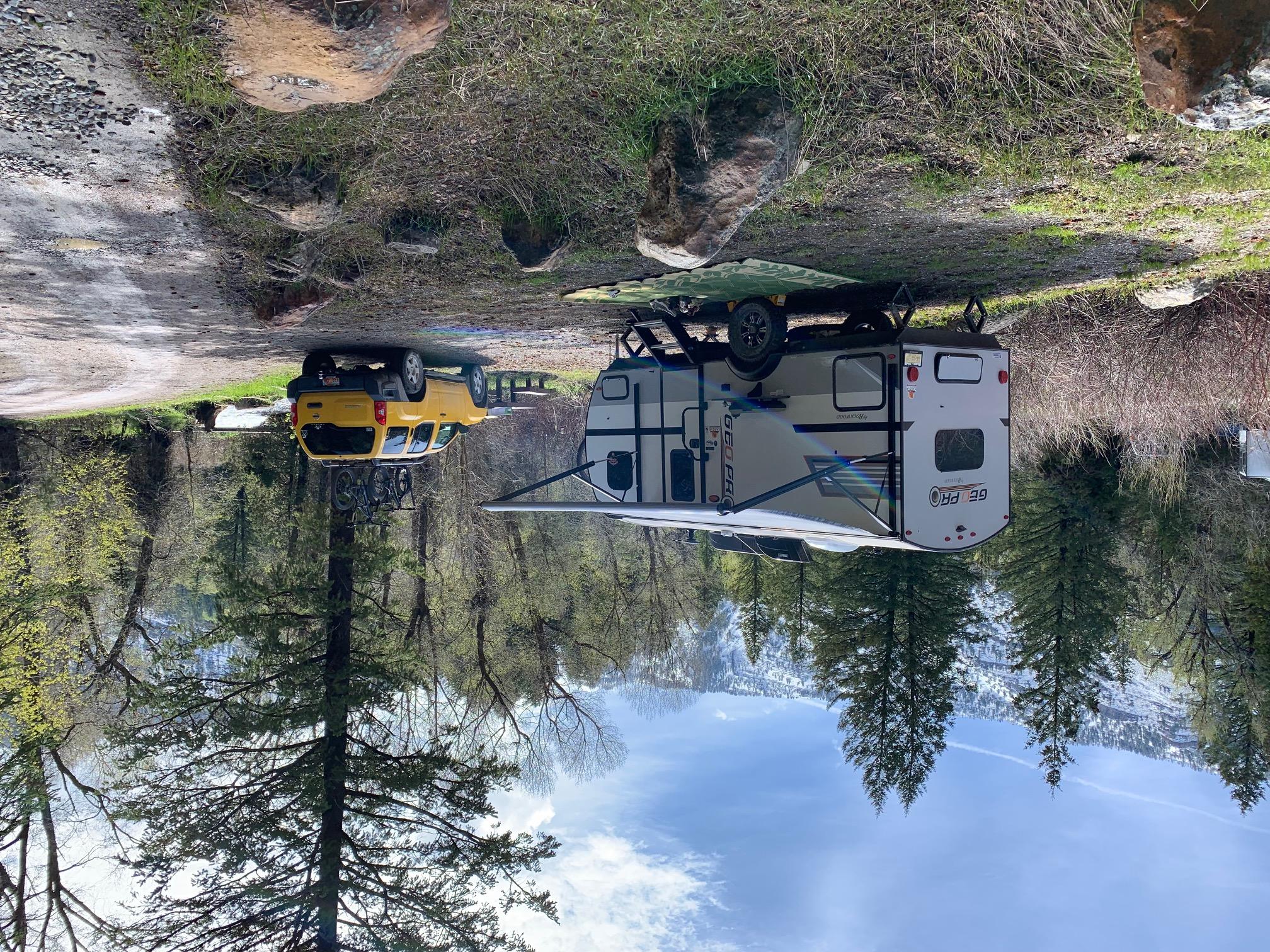 Beautiful little trailer all set up.. Forest River Rockwood 2019