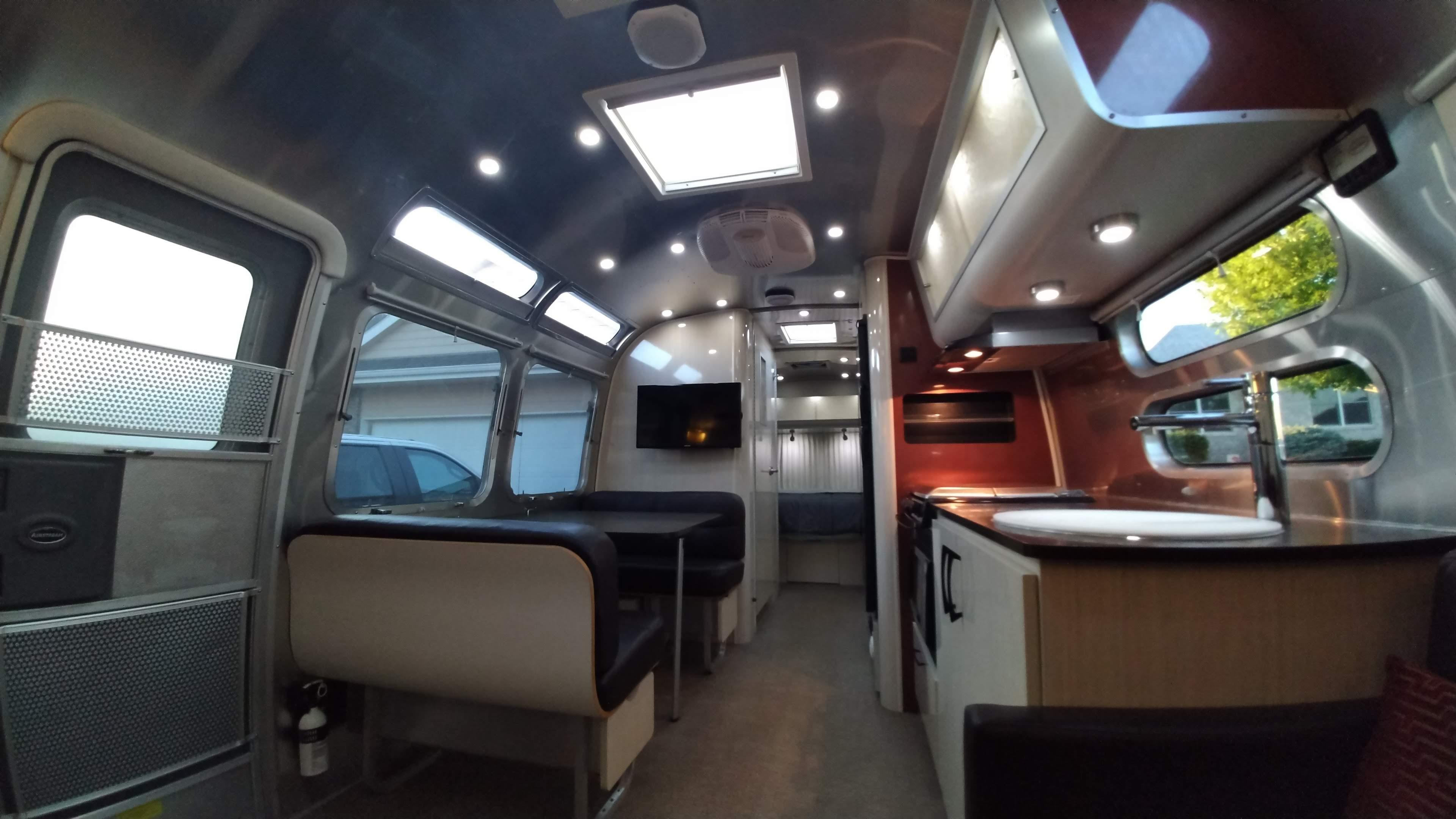 Airstream International 2013