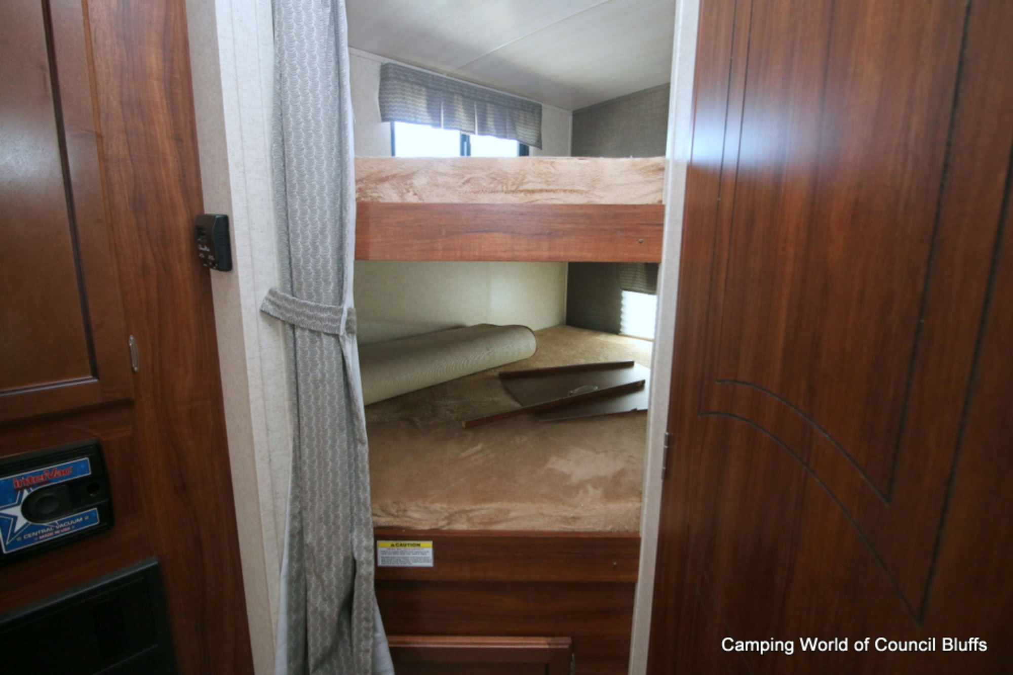 2 full-size bunk beds . Heartland Other 2018