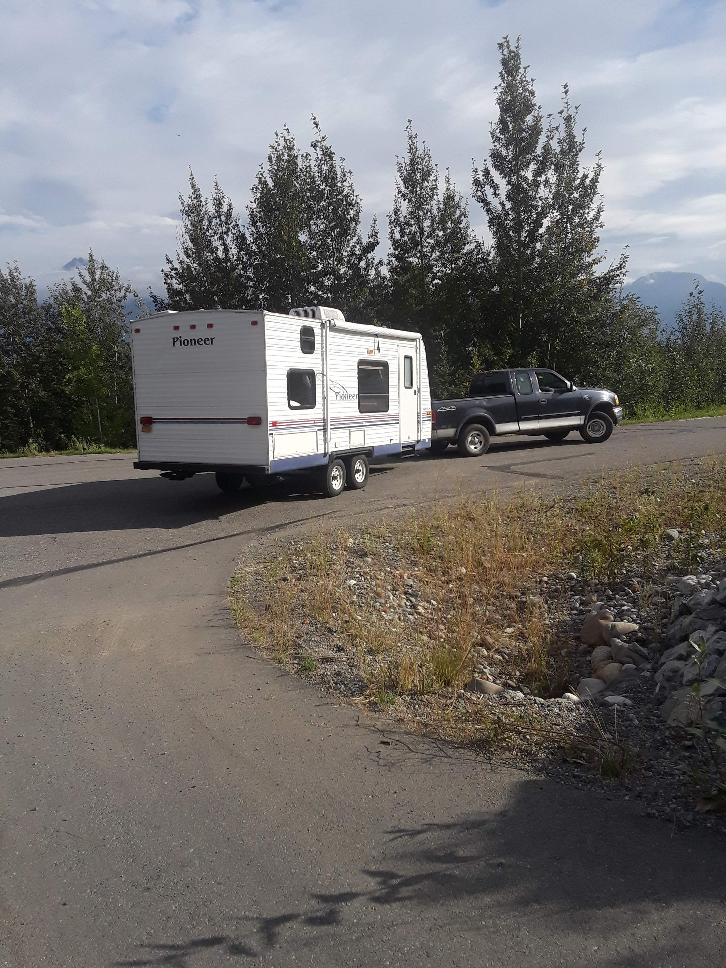 All hitched up and ready for adventure!. Fleetwood Pioneer 2004