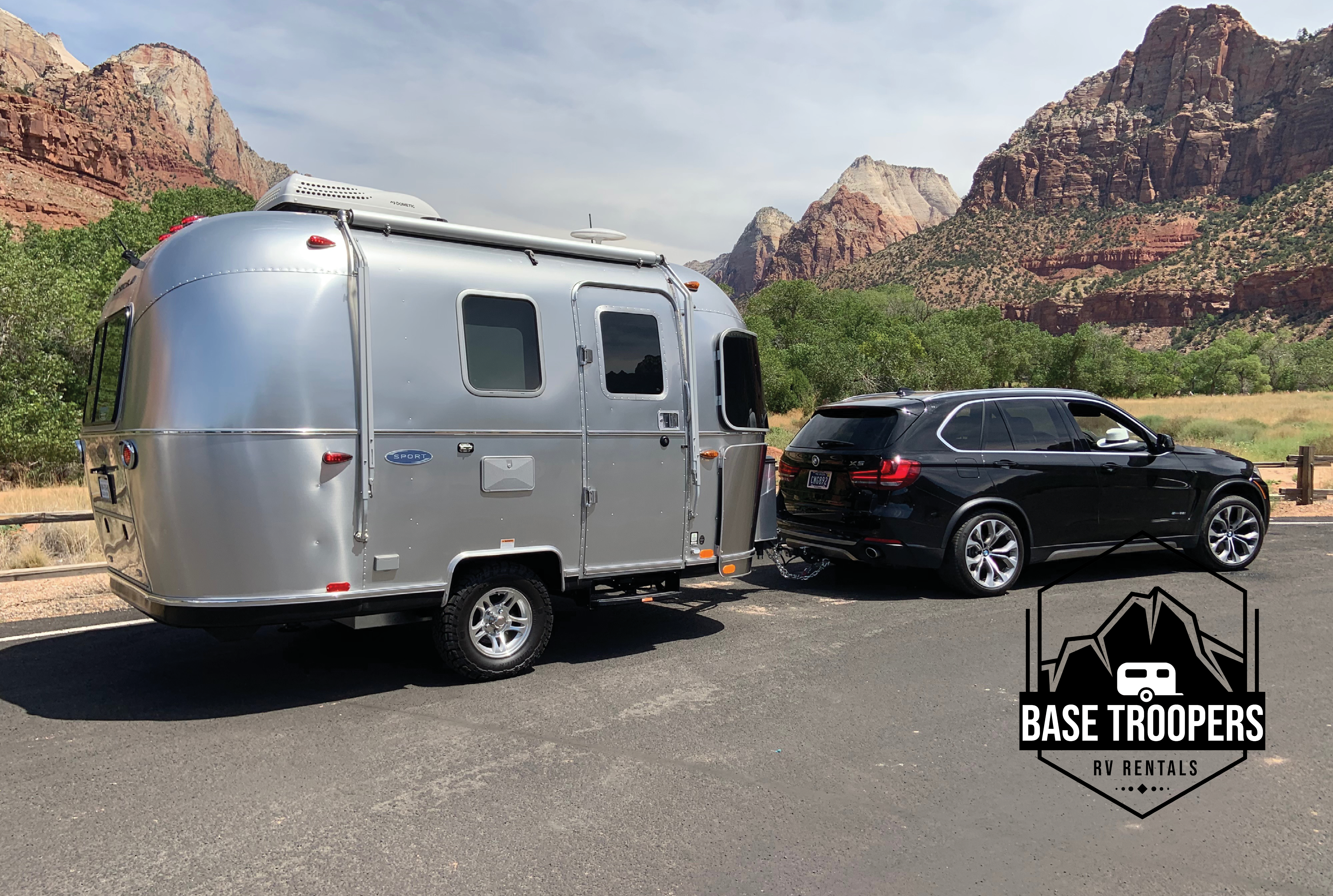 Exterior of The Simby at Zion National Park. Airstream Sport 2019