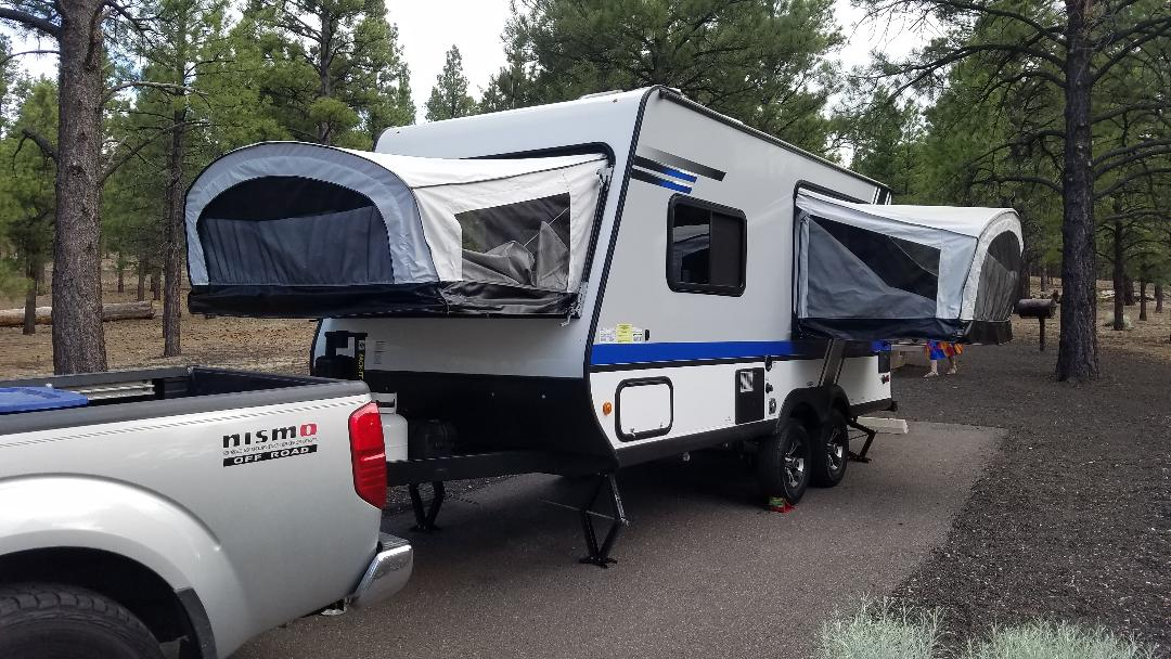 Front drop down bed and drivers side drop down bed. Jayco Jay Feather Baja 2018