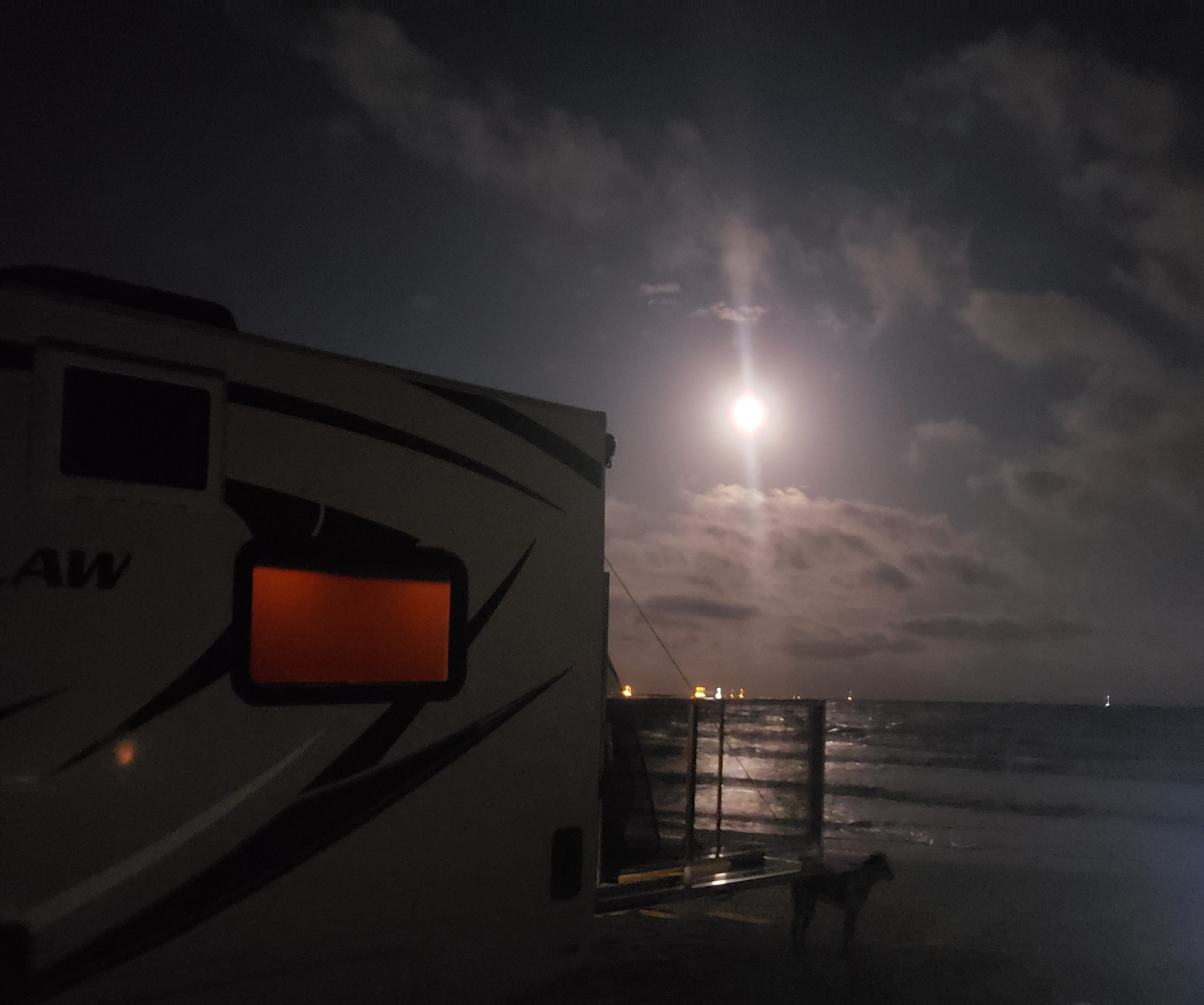 Fantastic Evening view. Thor Motor Coach Outlaw 2018