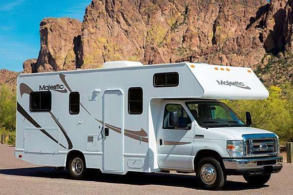 We love our RV and make sure is it always ready for our next outdoor adventure.. Thor Motor Coach Four Winds Majestic 2013