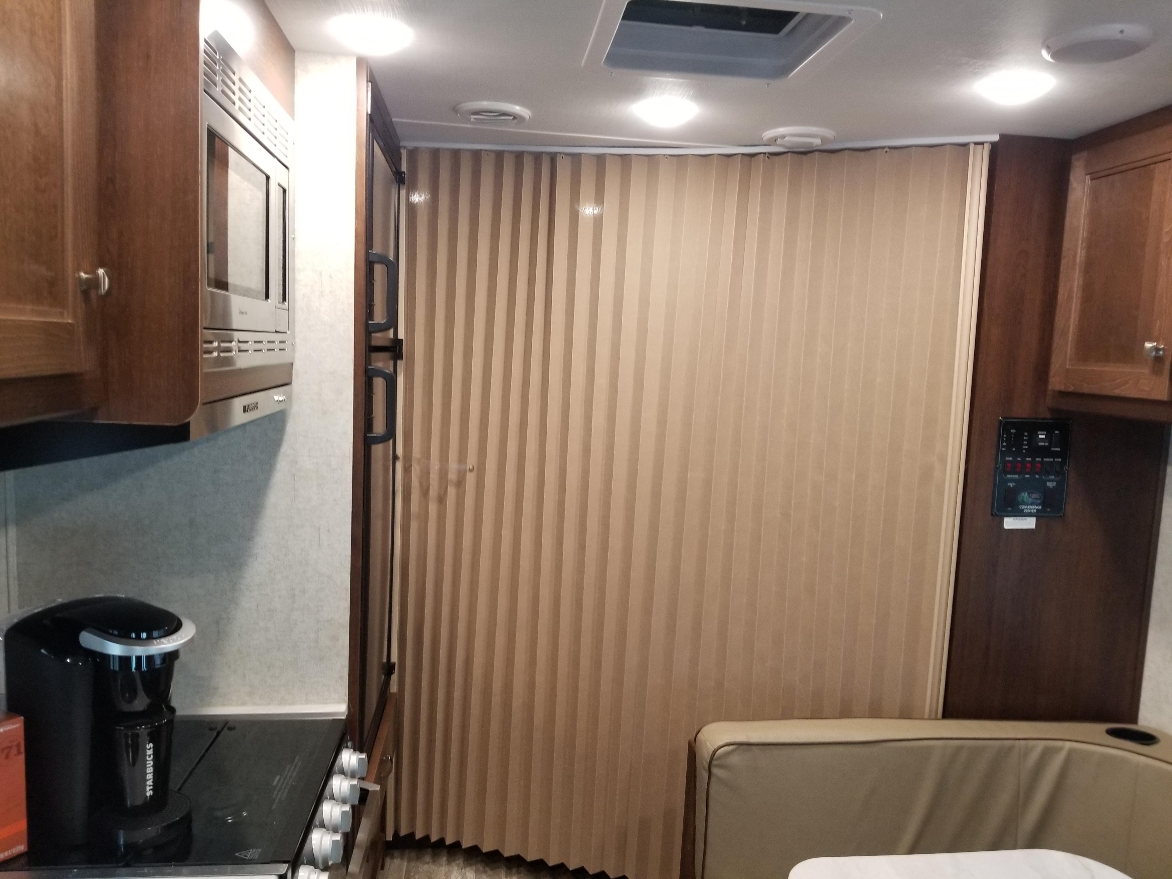 Privacy curtain. Ford E450 2020