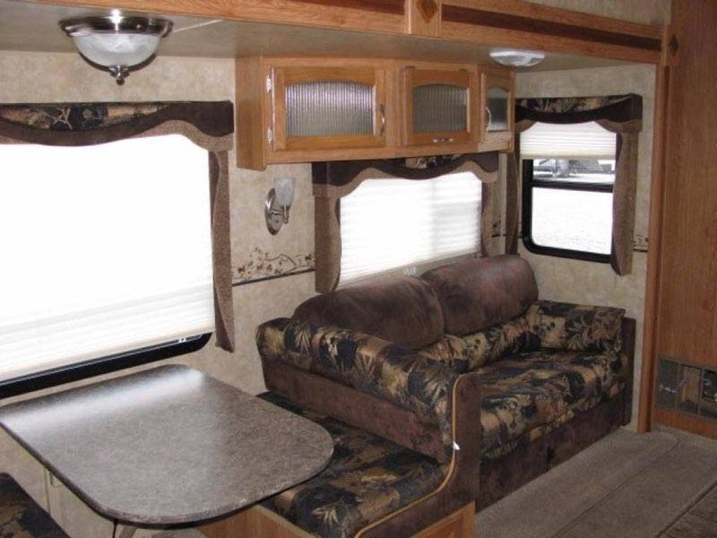 Jayco Jay Feather Ultra Lite 2010