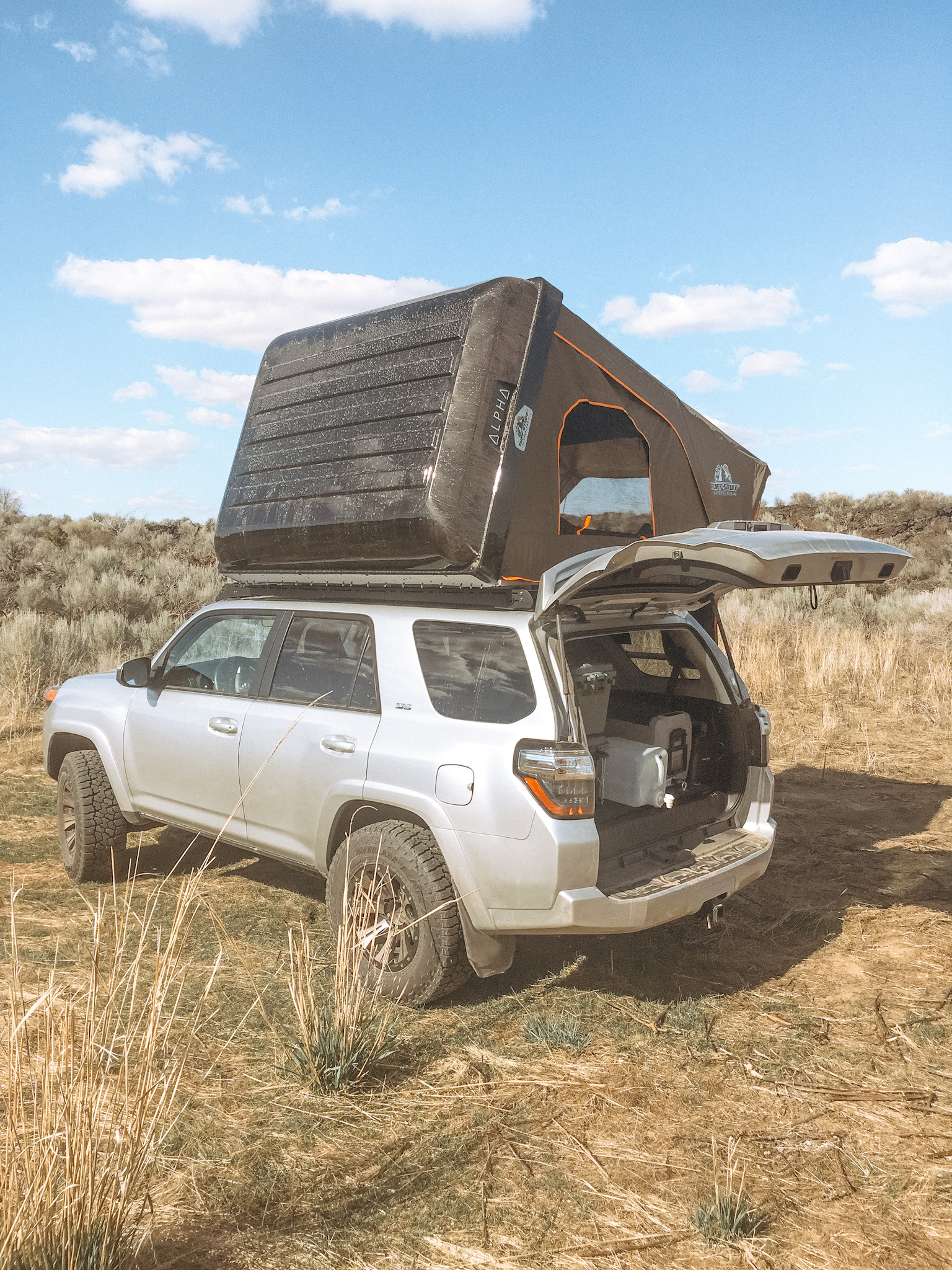 Toyota Landcruiser Poptop 2018