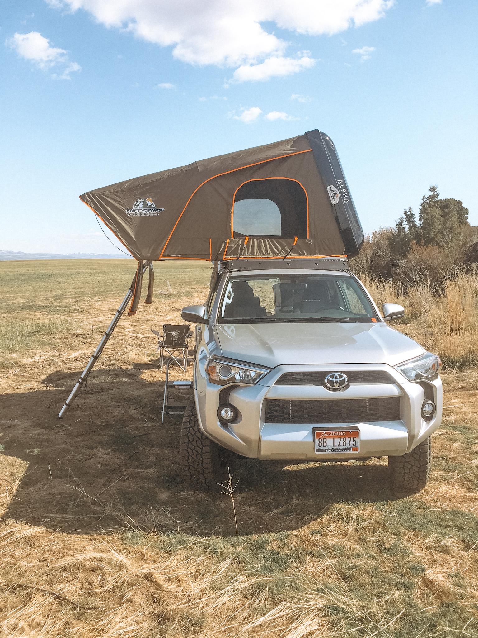 King size bed. Toyota Landcruiser Poptop 2018