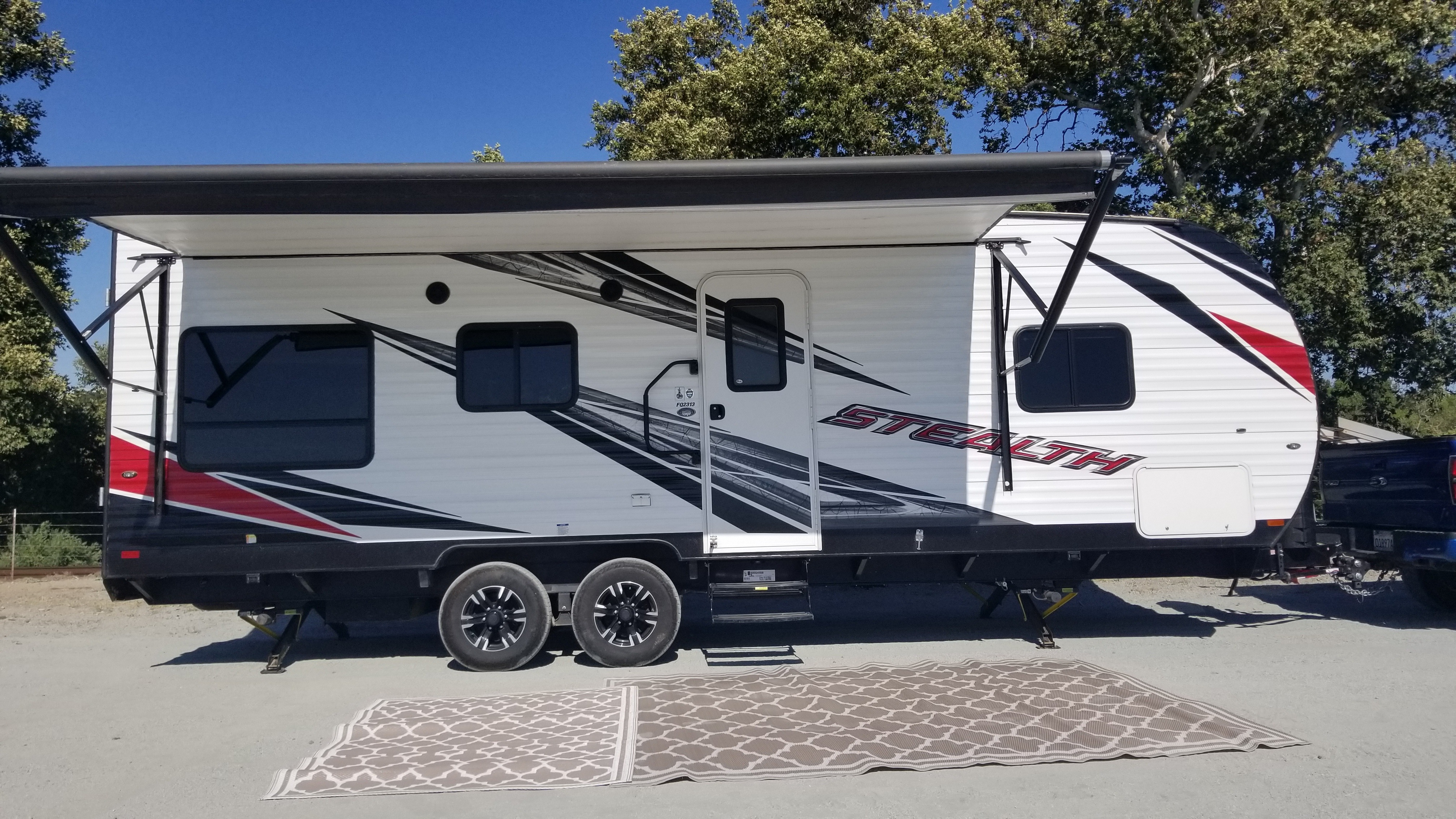 Outdoor rugs included.. Forest River Stealth 2018