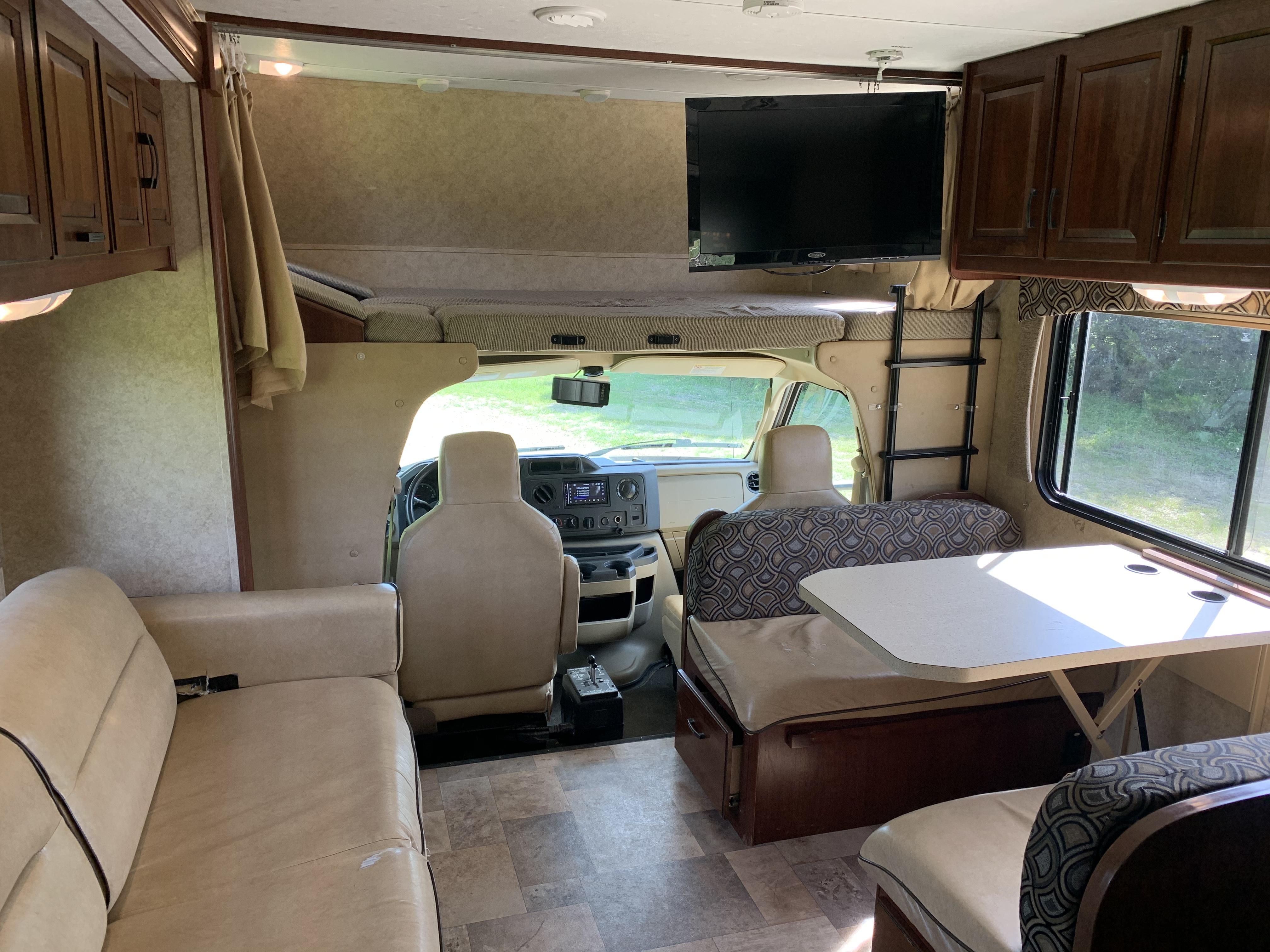 Living Room/Dining Room. Ford Forrest River Sunseeker With Slide 2014
