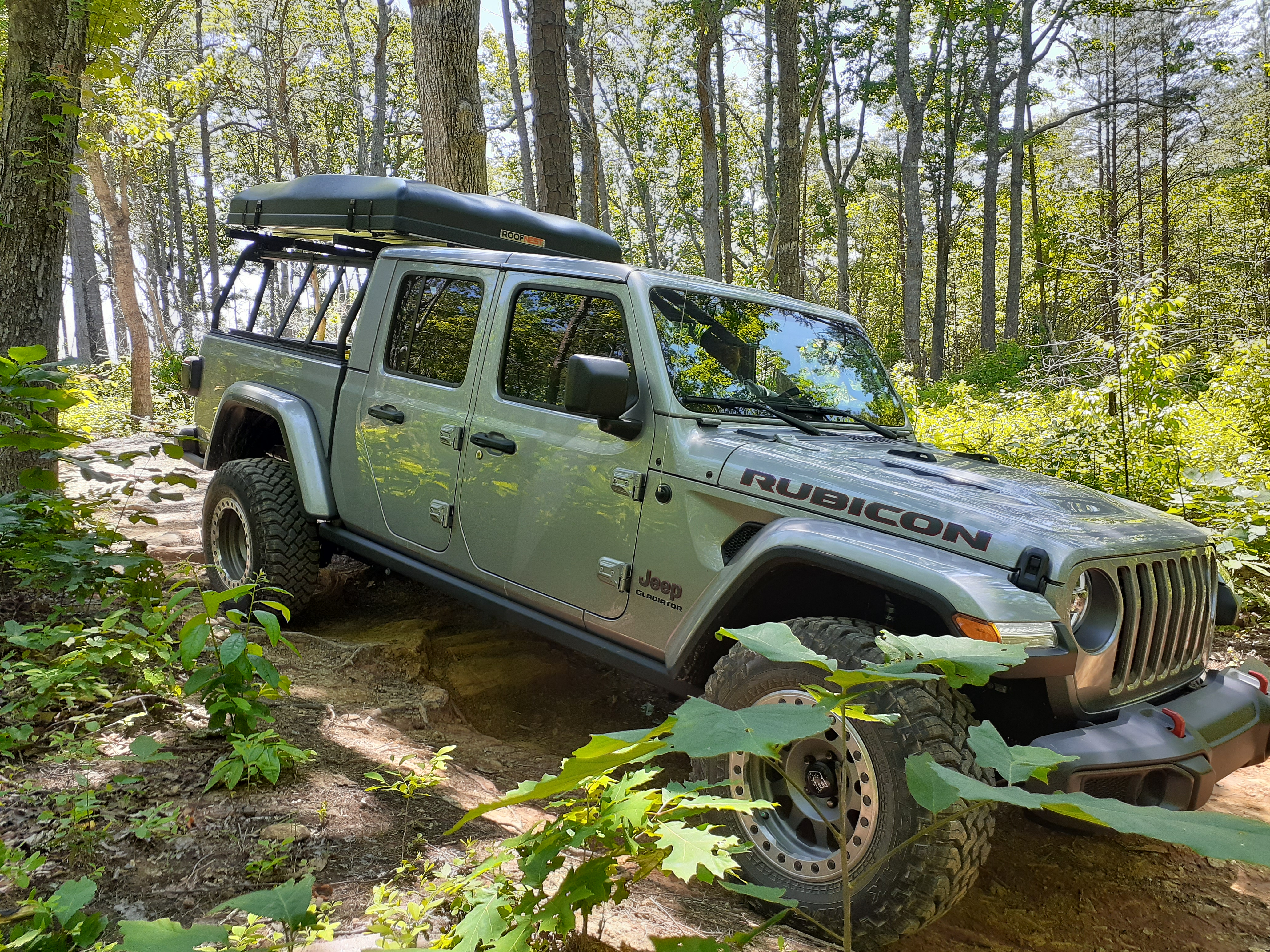 gladiator en route to adventure.. Jeep Gladiator Rubicon with Condor XL RTT 2020