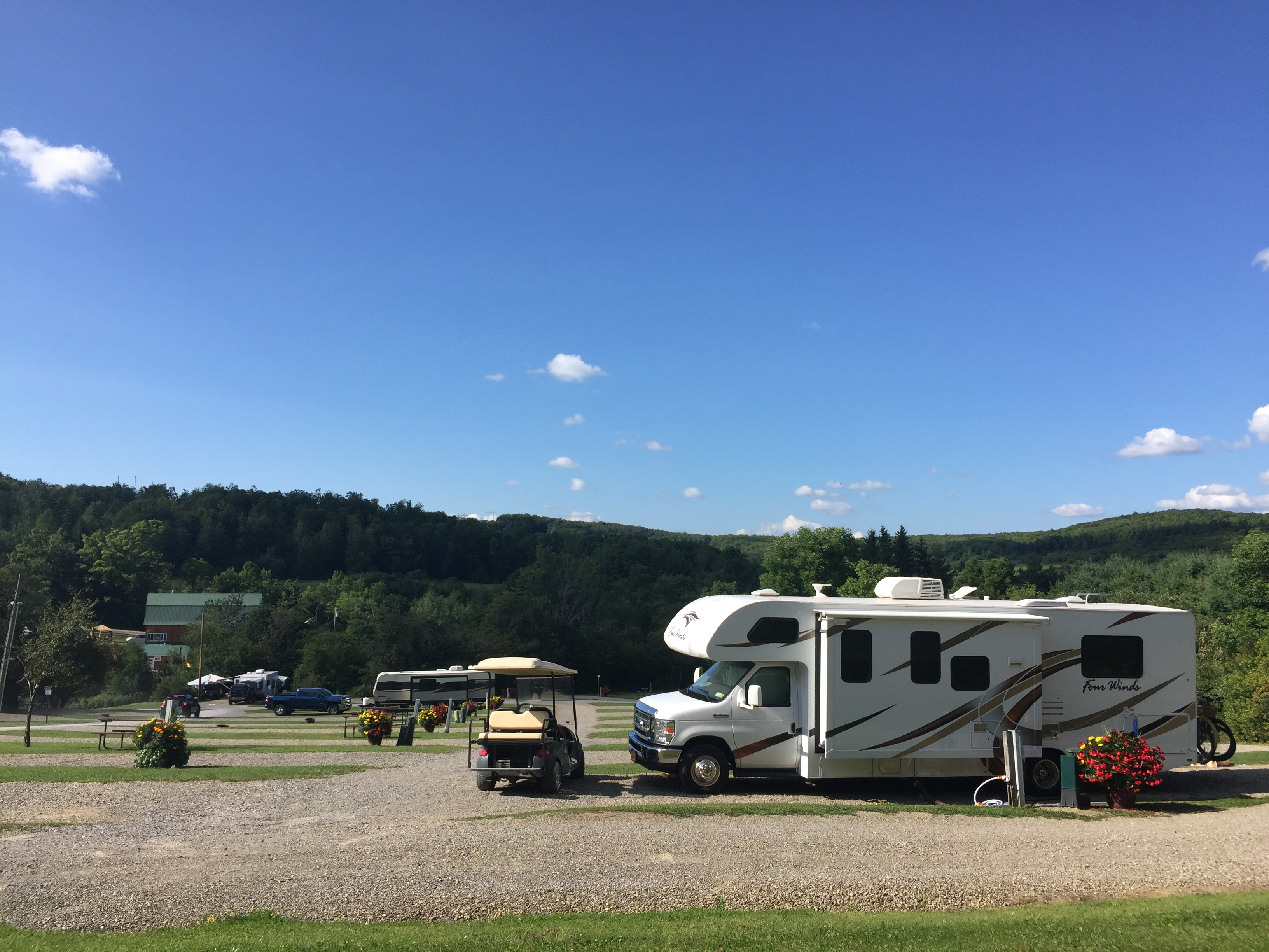 On the Mountain. Thor Motor Coach Four Winds 2018