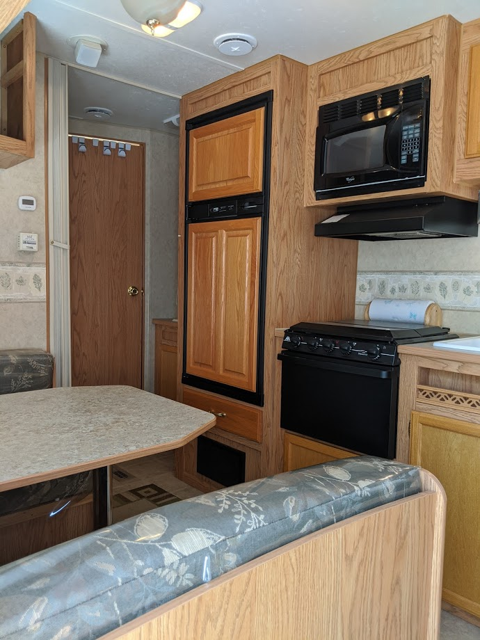 Stepping in and looking left to the bathroom door. Jayco Jay Flight 2006
