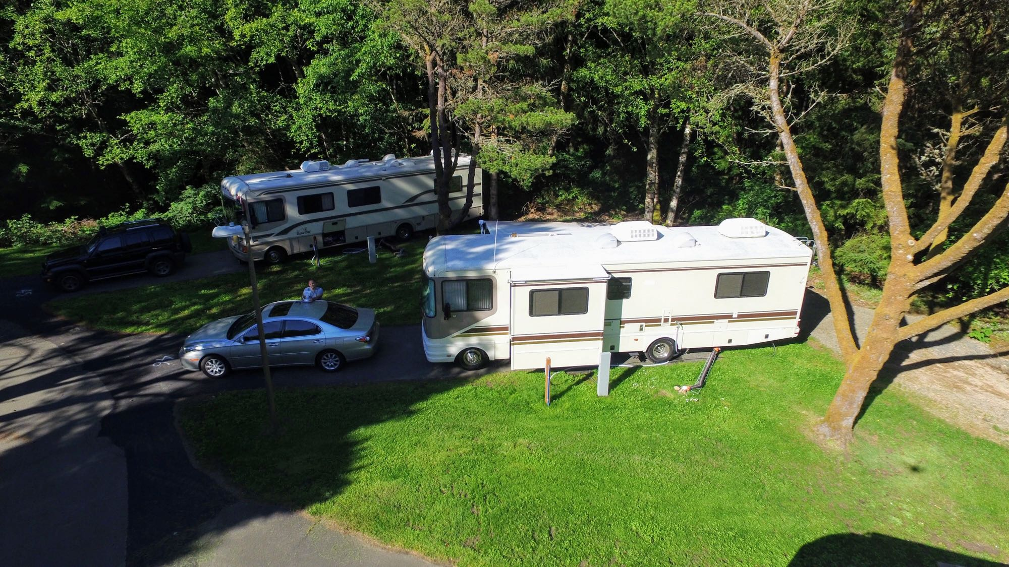 Aerial View at Cannon Beach. Fleetwood 32S 1997