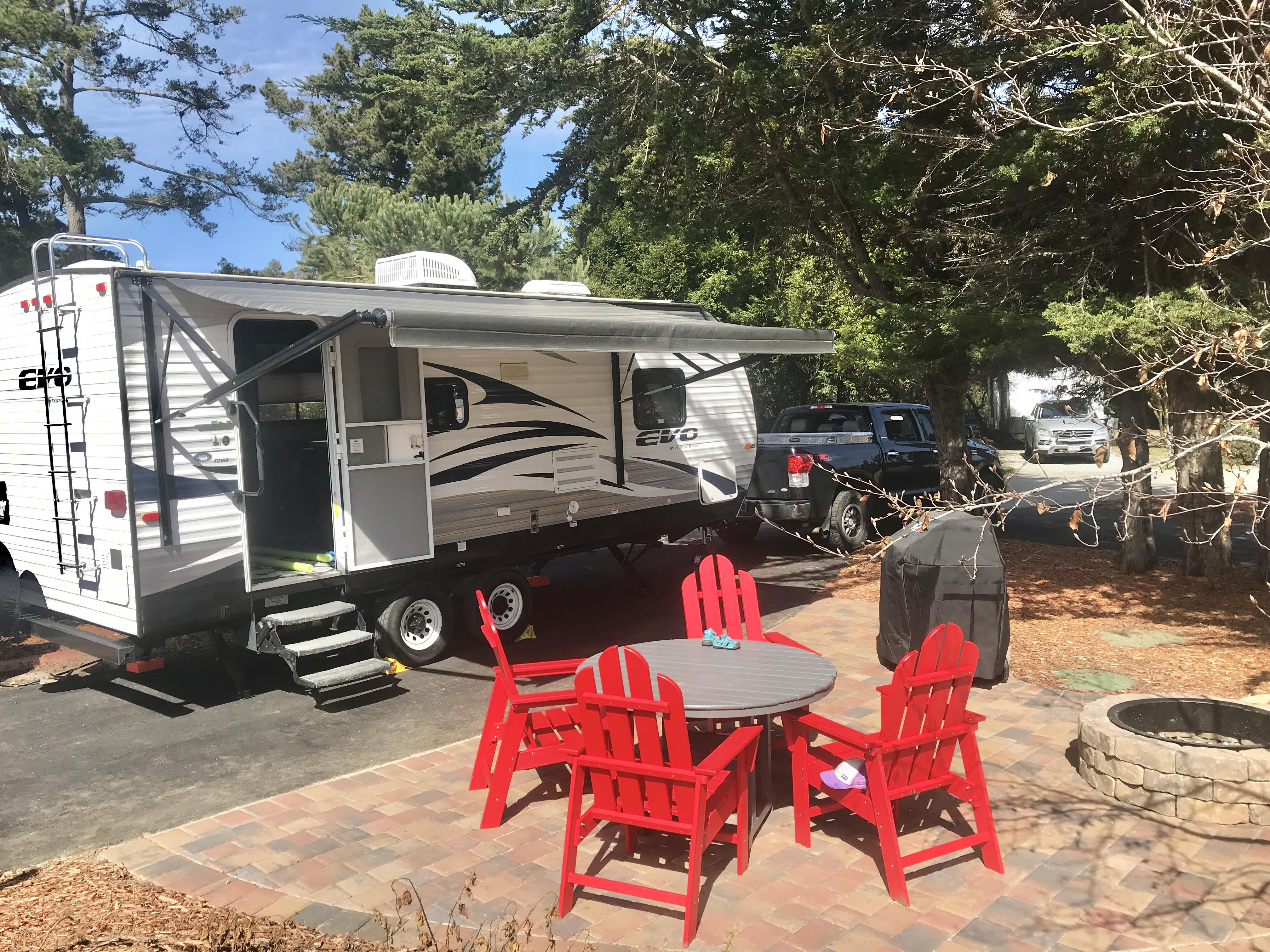 Exterior with awning. Forest River Evo 2016