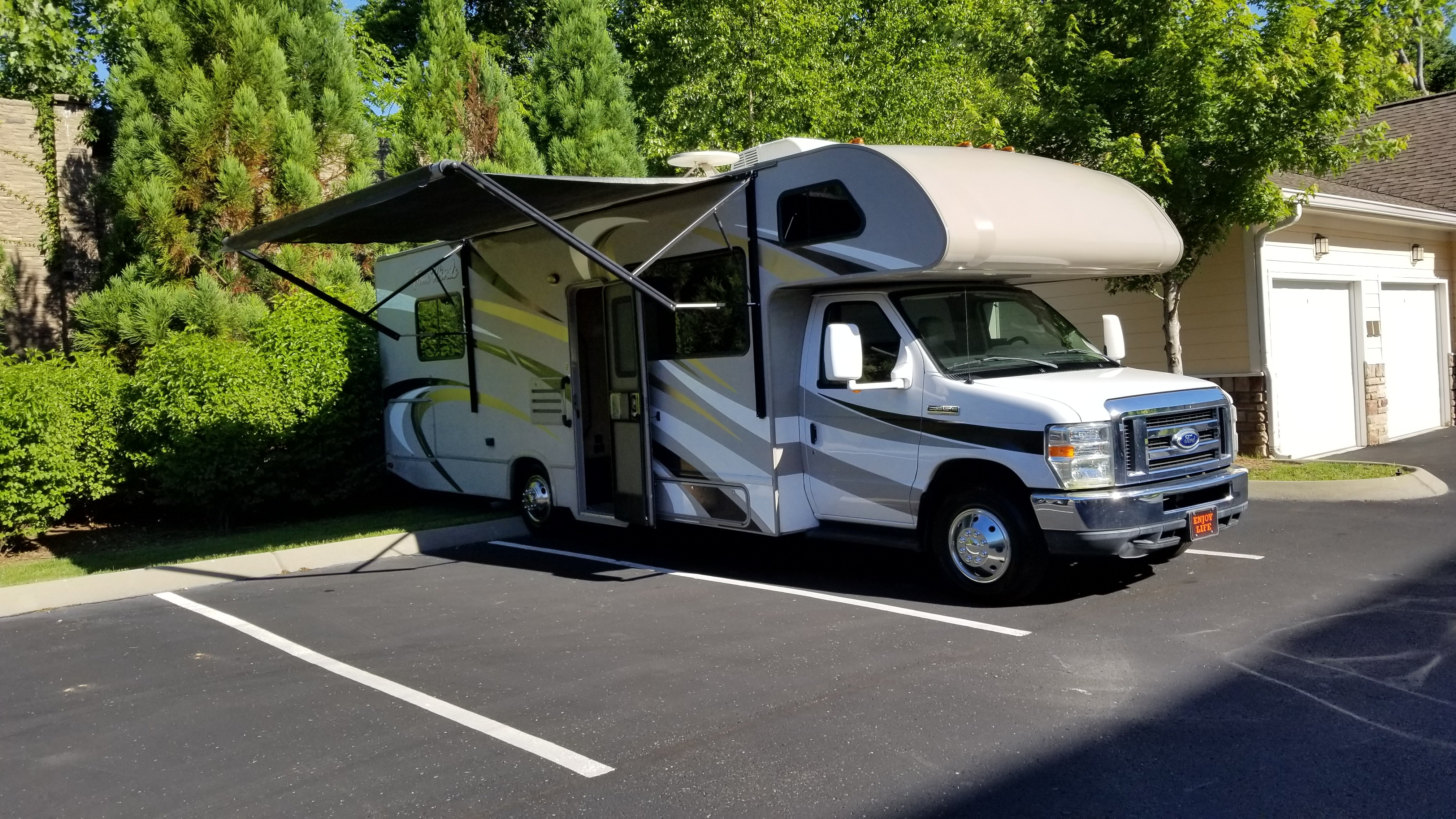 2016 Thor Four Winds 28A. Thor Motor Coach Four Winds 2016