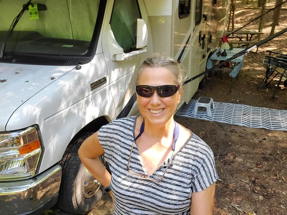 Setting up camp!. Thor Motor Coach Four Winds 2018