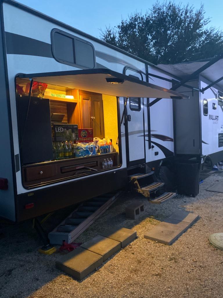 Outdoor Kitchen. Heartland M-3385 2017