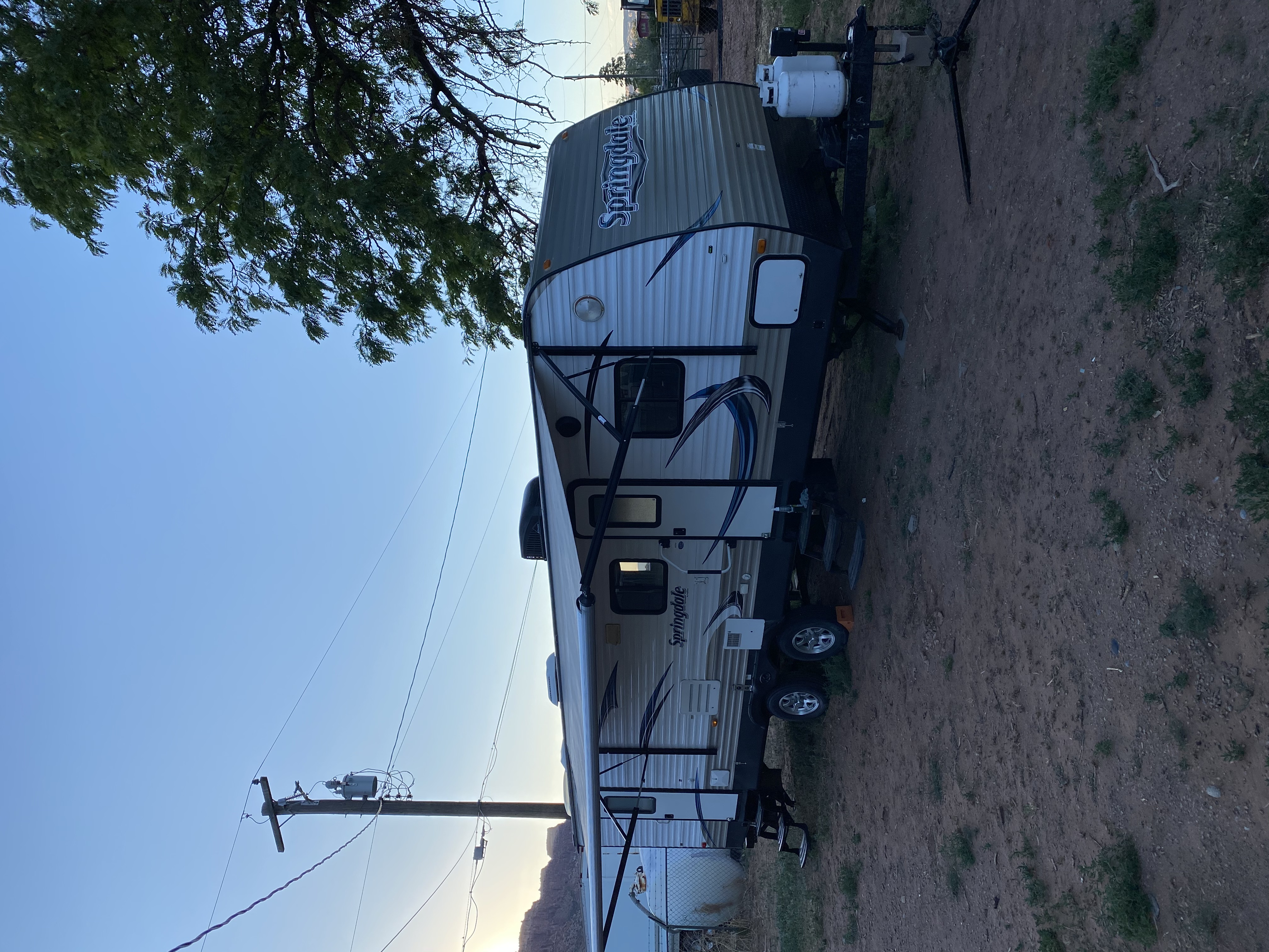 Awning is fully electric and provides shade at the press of a button.. Keystone Springdale 2014