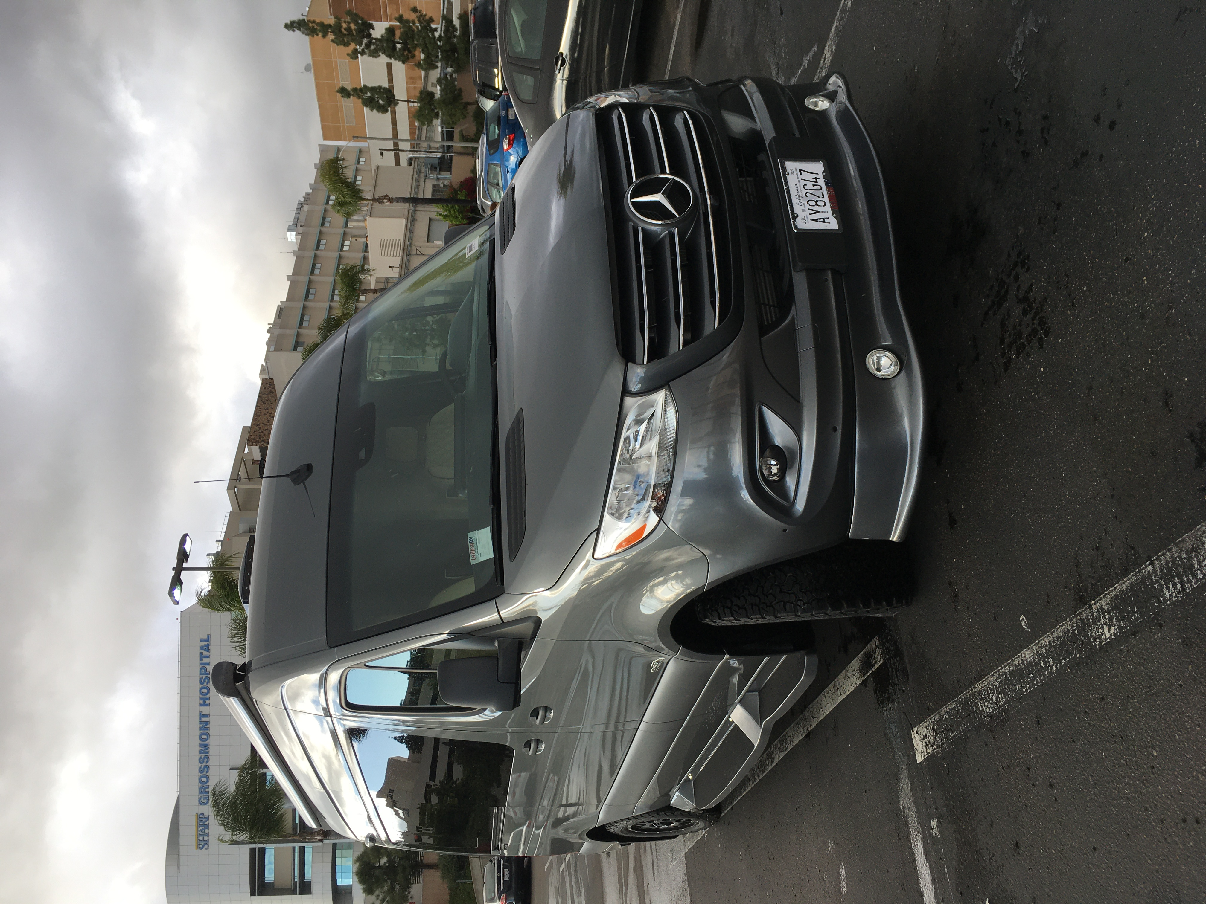 You can park this coach anywhere!. Mercedes-Benz Custom Coach 2020
