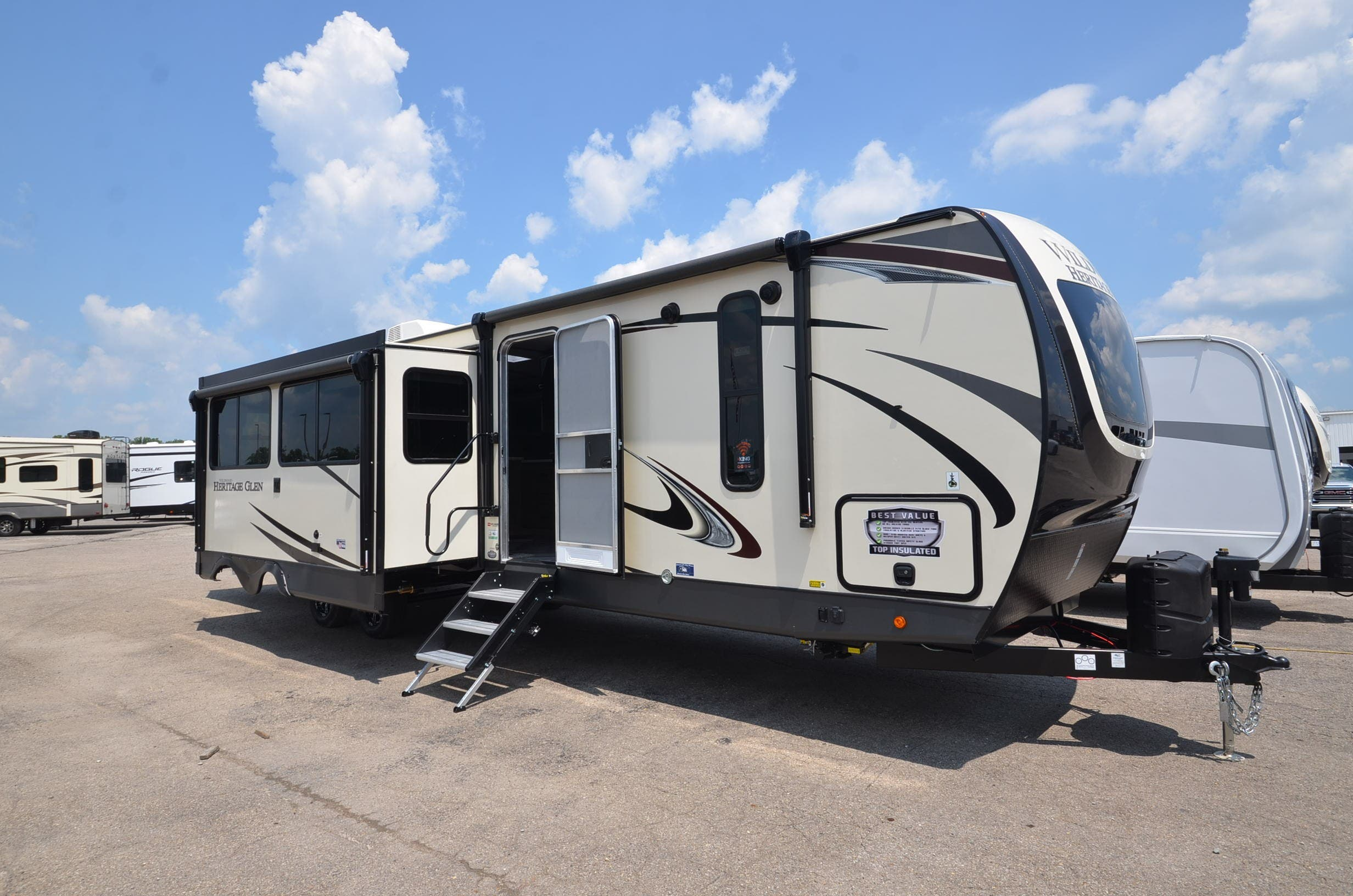 38' RV with 3 slides and 2 awnings. Forest River Heritage Glen 2021