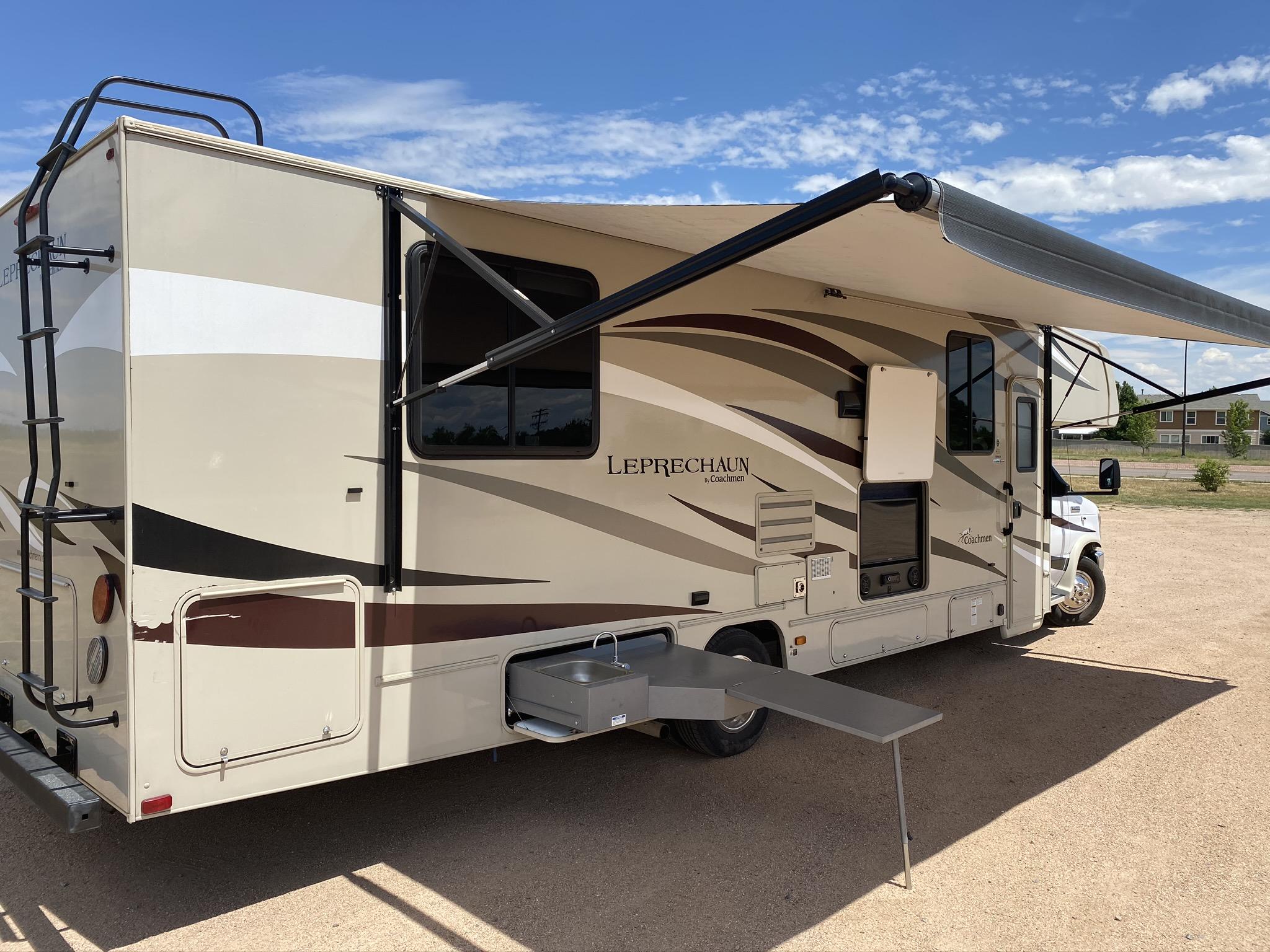 Ford Coachman 450 2017
