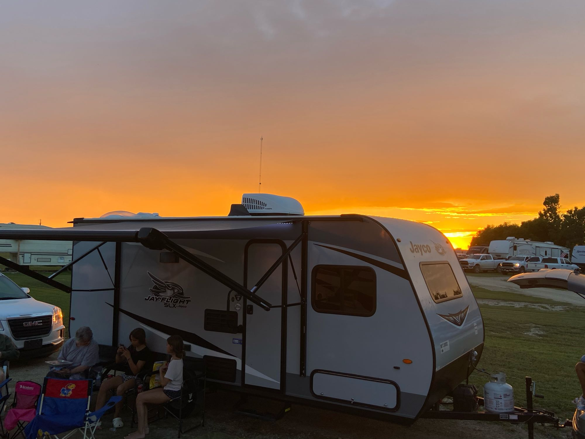 Oklahoma sunset. Jayco JayFlight 2021