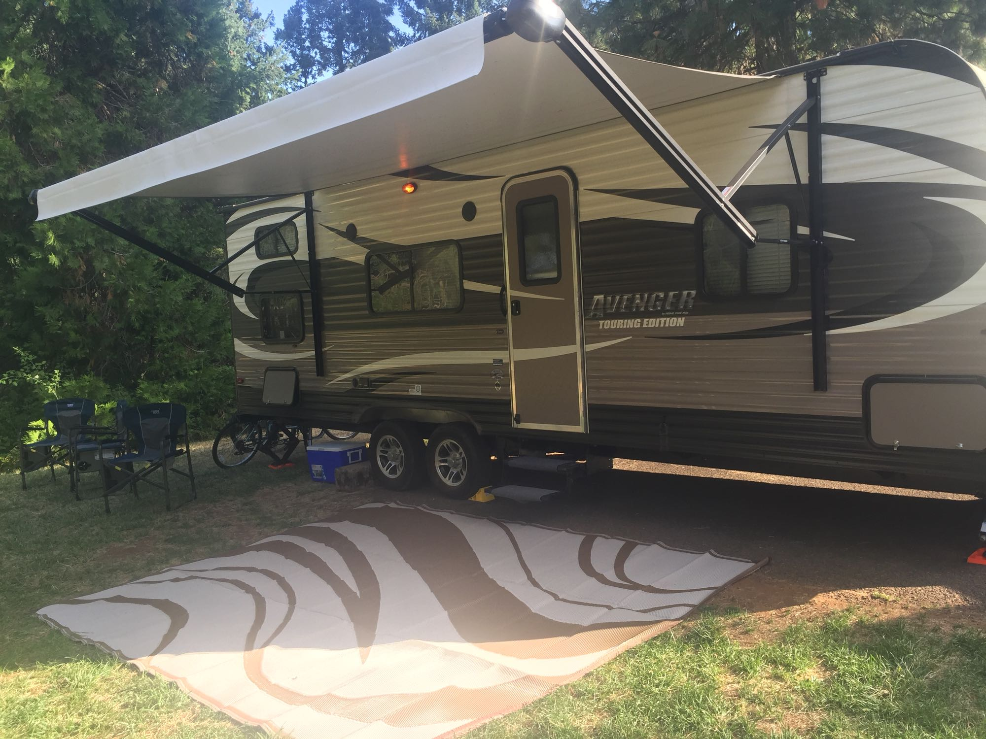 Camping mat and awning. Prime Time Avenger 2015