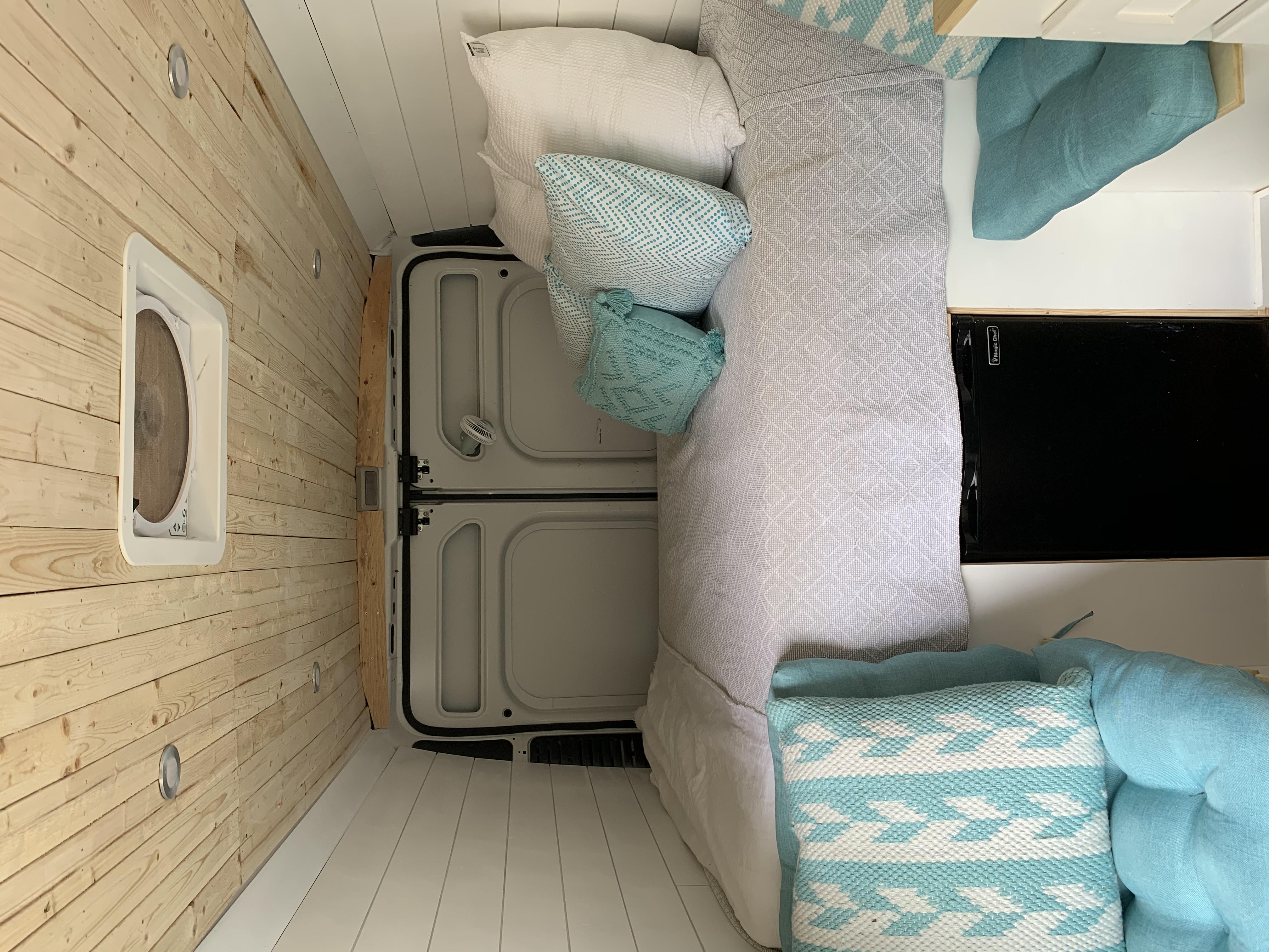 Dodge Sprinter Van 2014