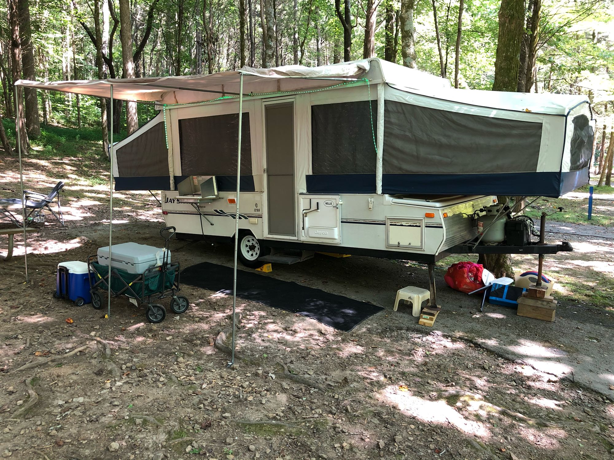 At Home In The Wild. Jayco JaySeries 2006