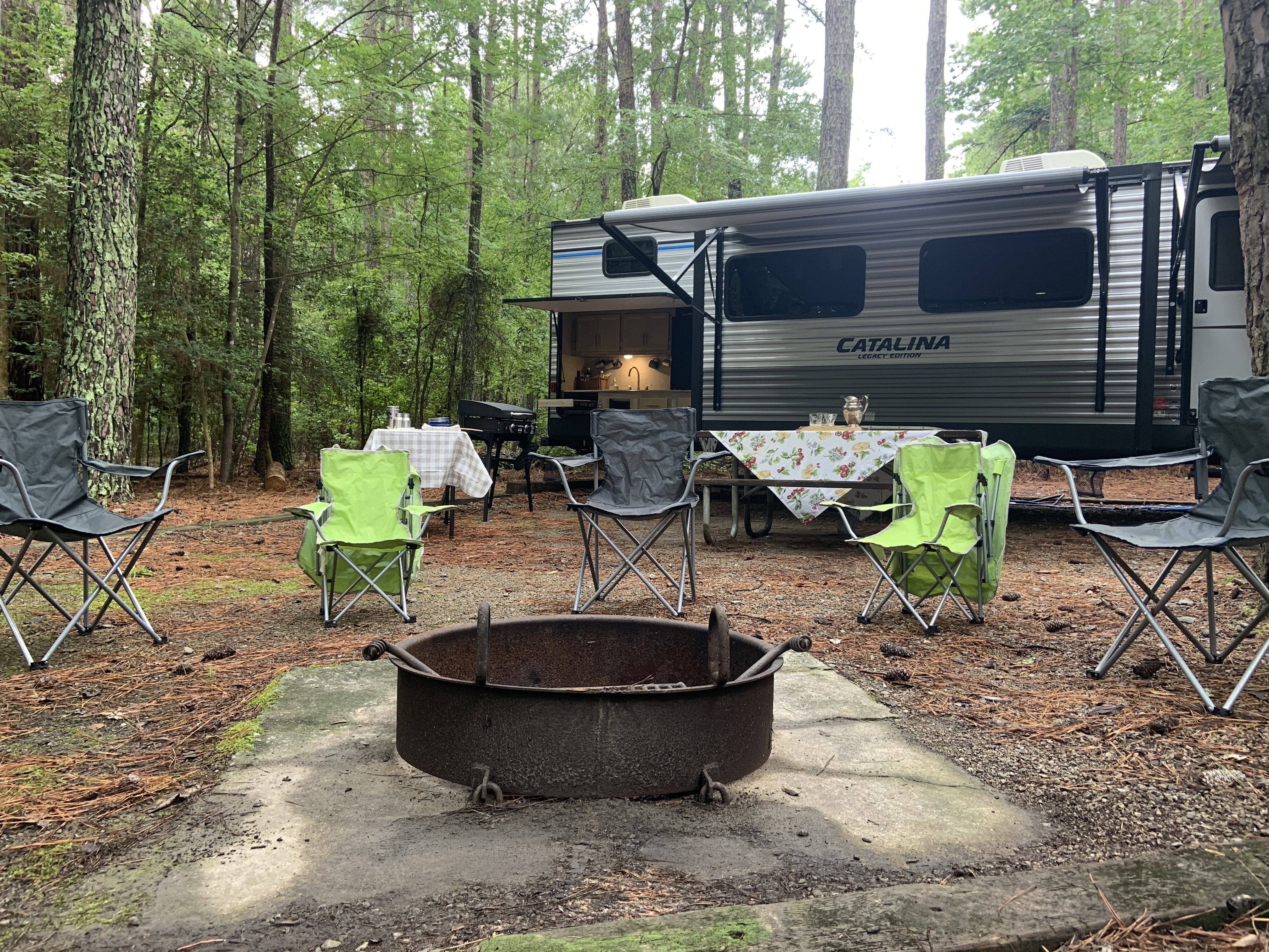 Just let me know if you'd like a fire ready-to-light when you arrive!. Coachmen Catalina 2019