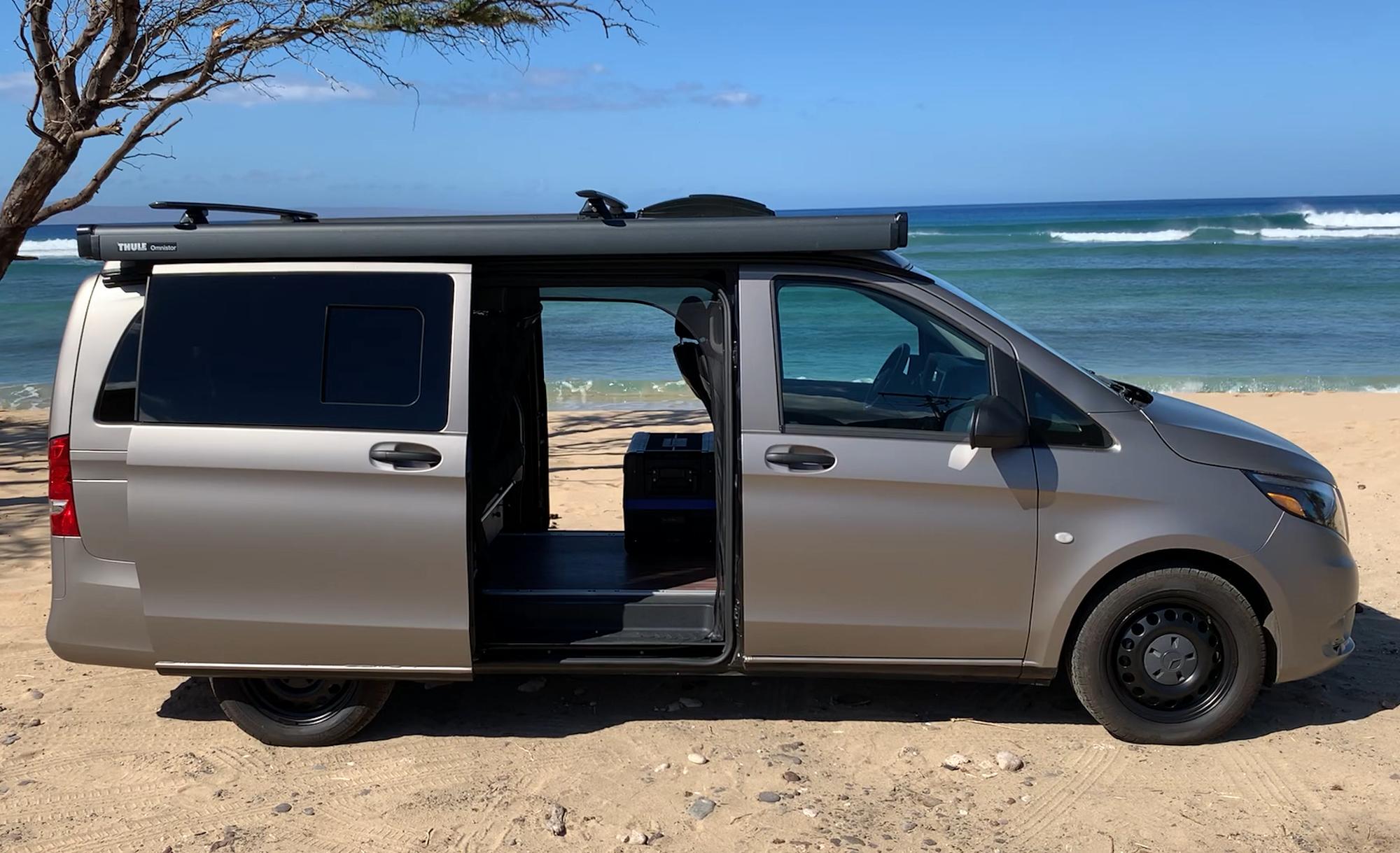 Dual Automatic Sliding Rear Doors. Mercedes Metris Pop-Top 2019