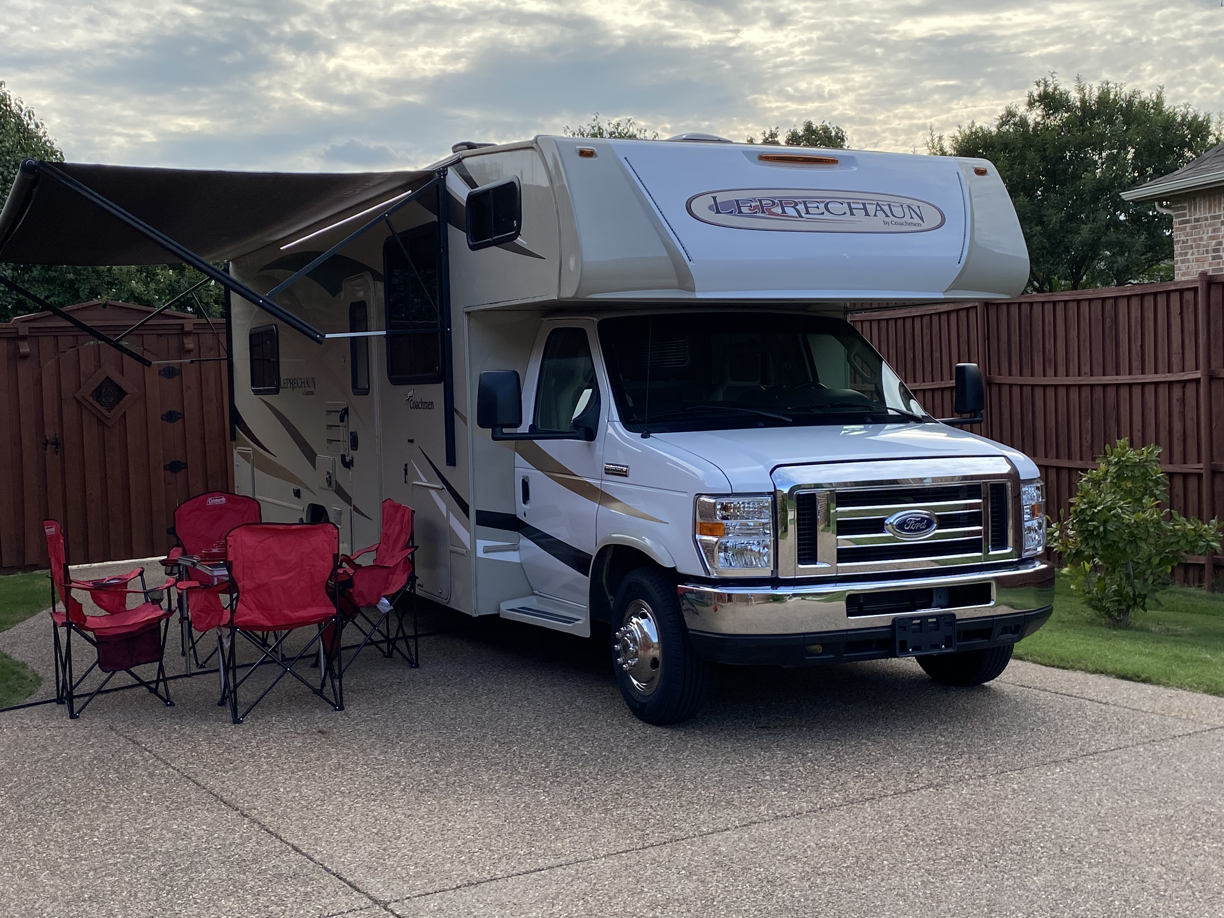 Coachmen Leprechaun 2019