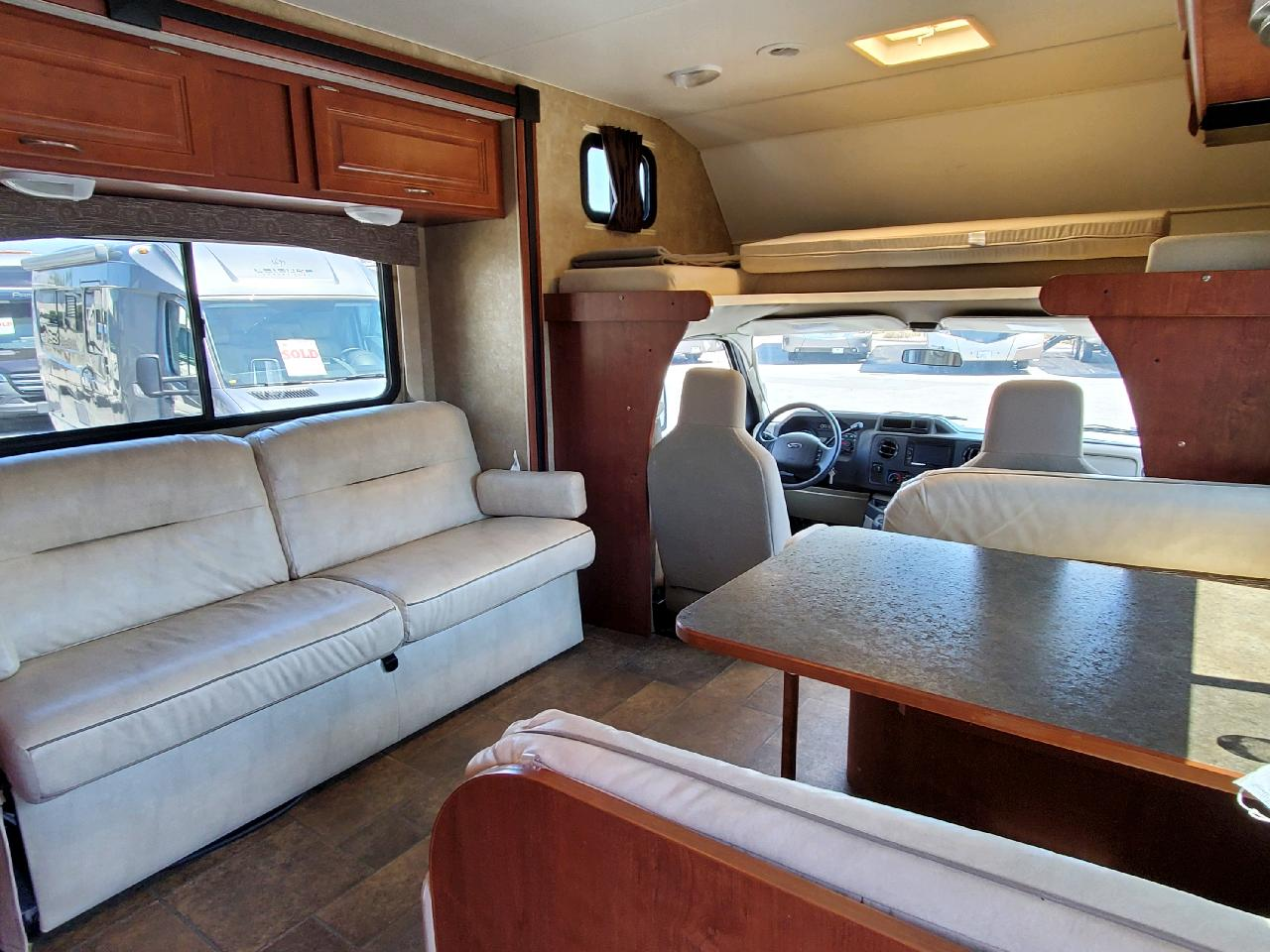 How spacious is this. (8) seatbelts for everyone to hangout and enjoy the ride. Winnebago Minnie Winnie 2014