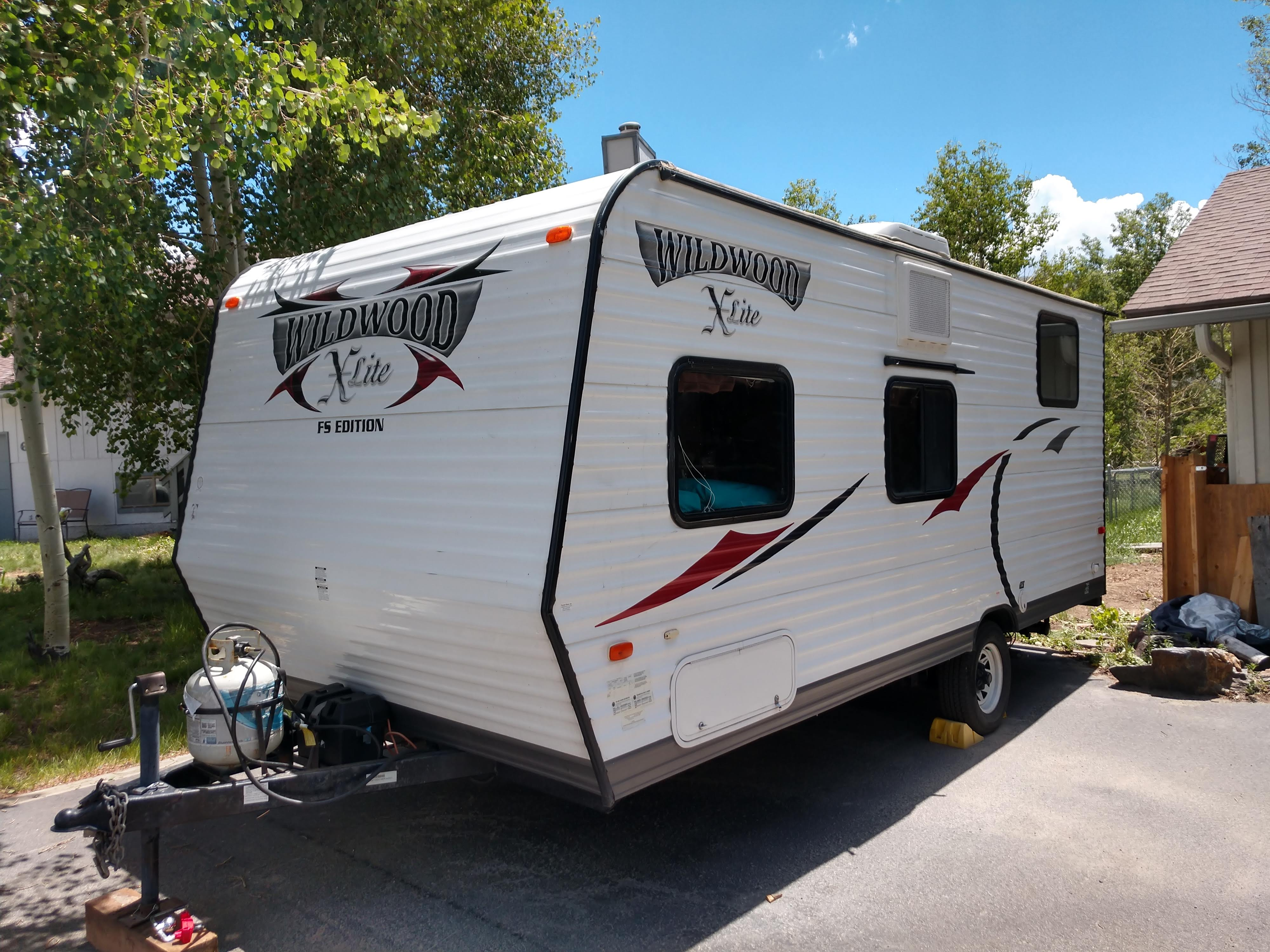 Whole Camper. Forest River Wildwood X-Lite 2014