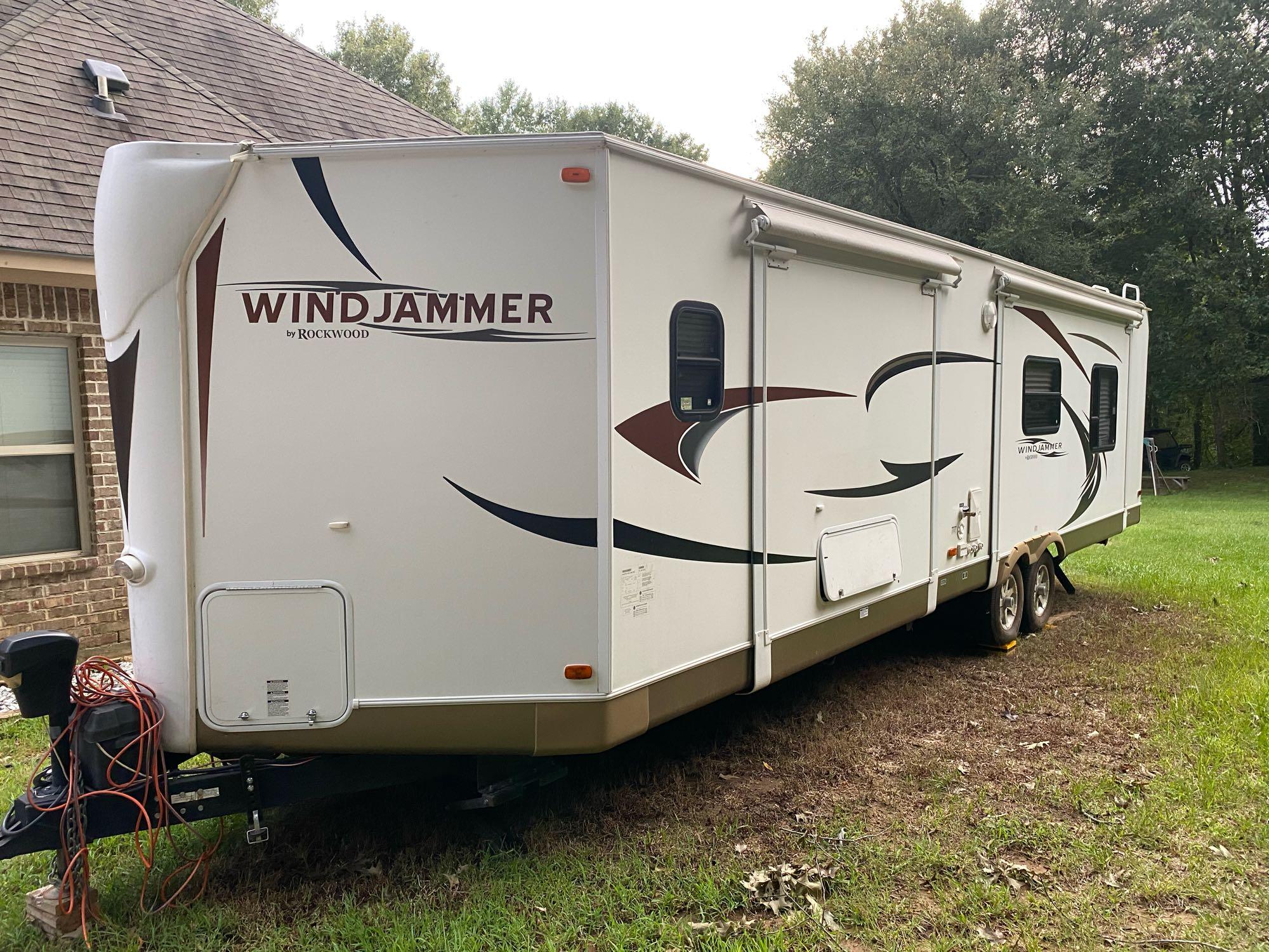 Forest River Rockwood Windjammer 2012