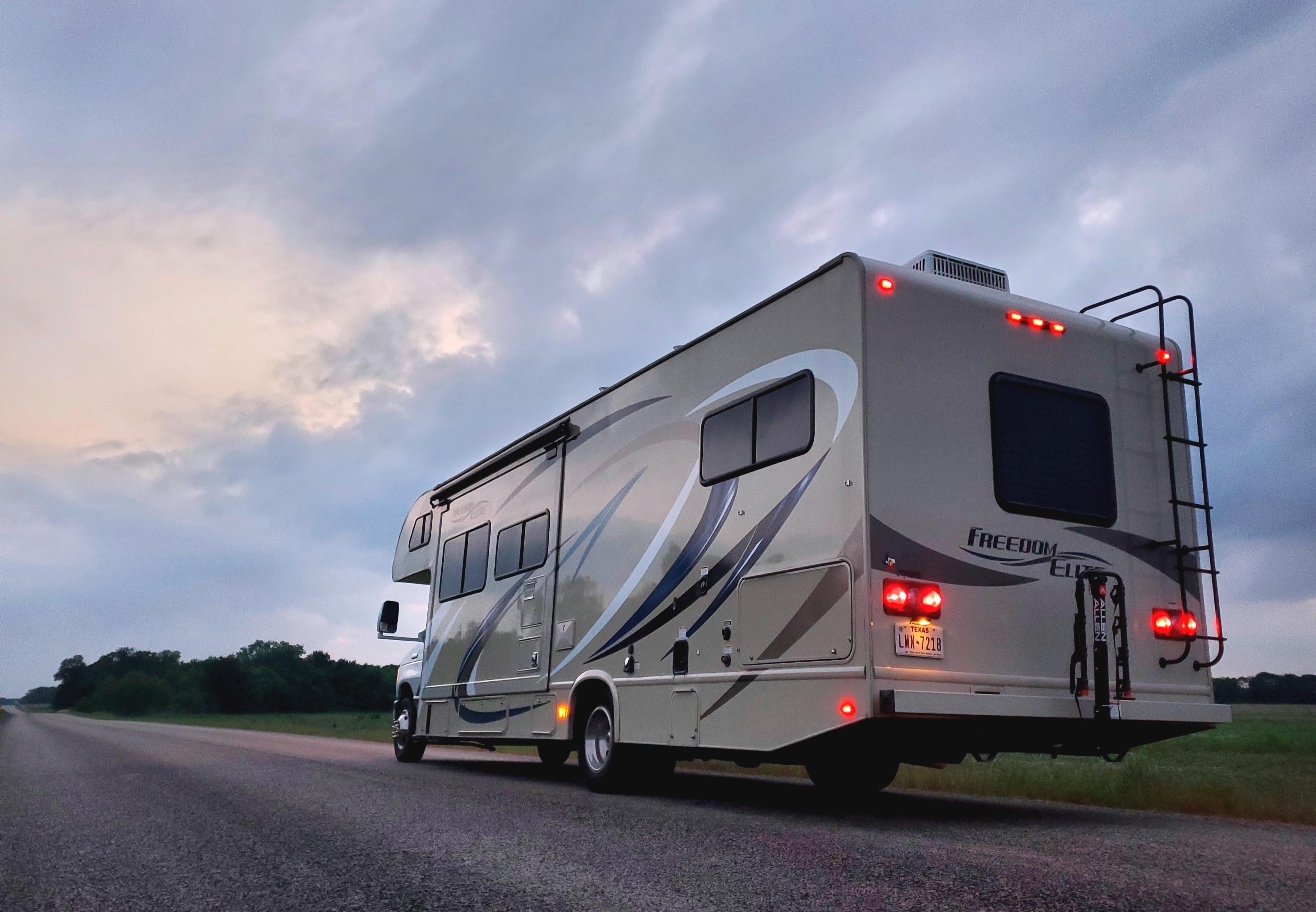 Beautiful sunset view.... Thor Motor Coach Freedom Elite 2019