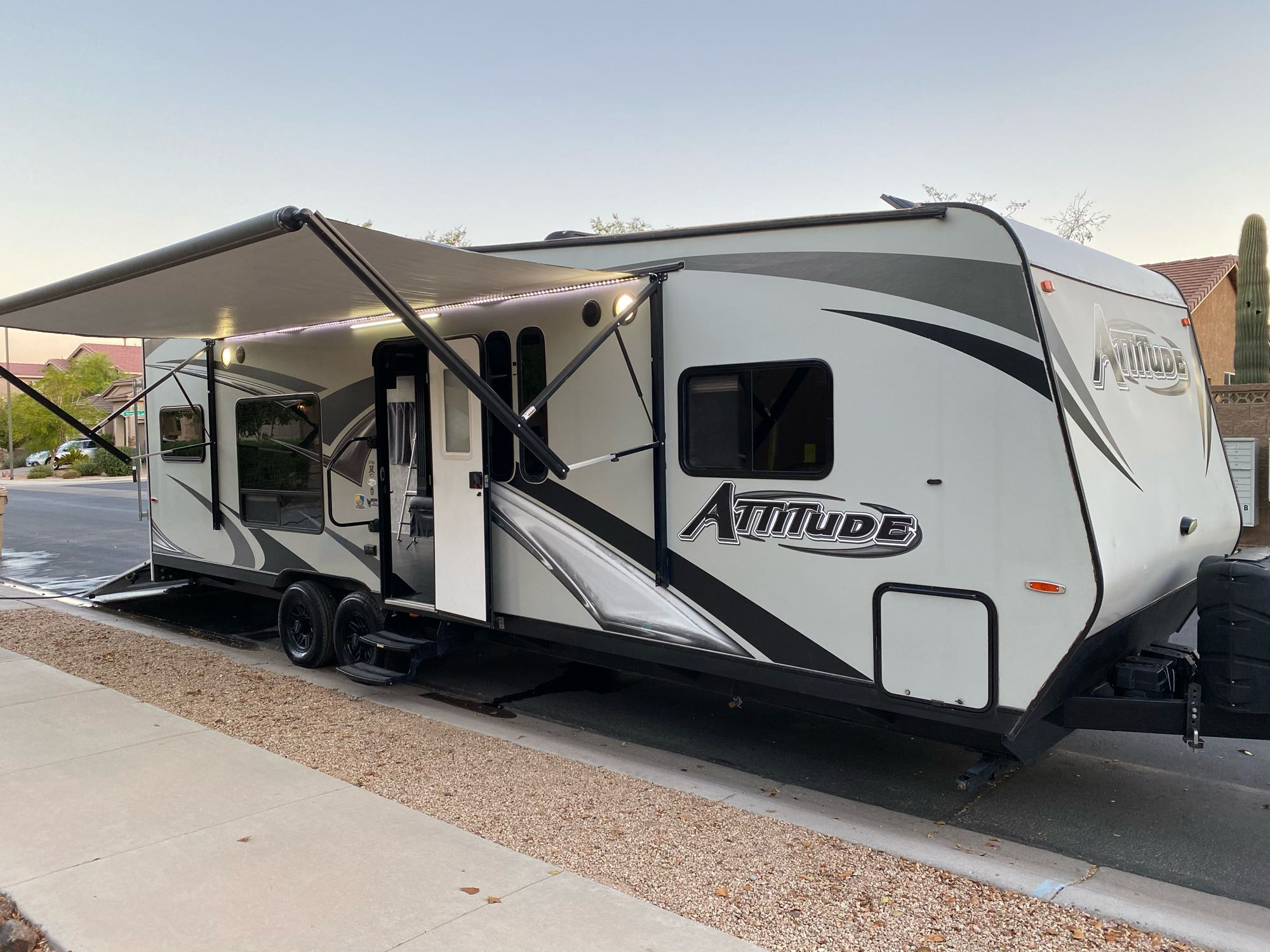 Eclipse Recreational Vehicles Attitude 2018
