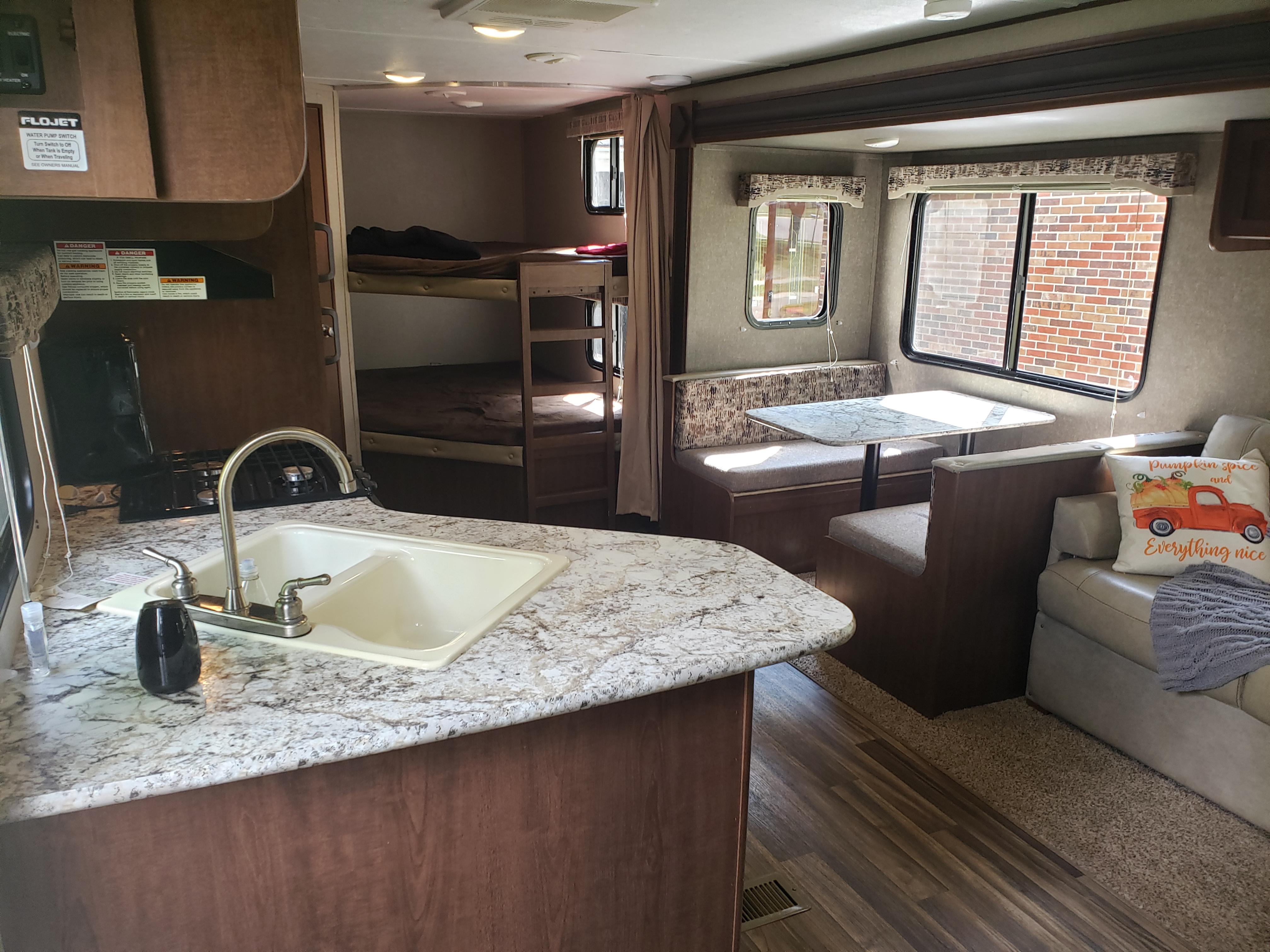kitchen/dining/bunks. Keystone Hideout 2018