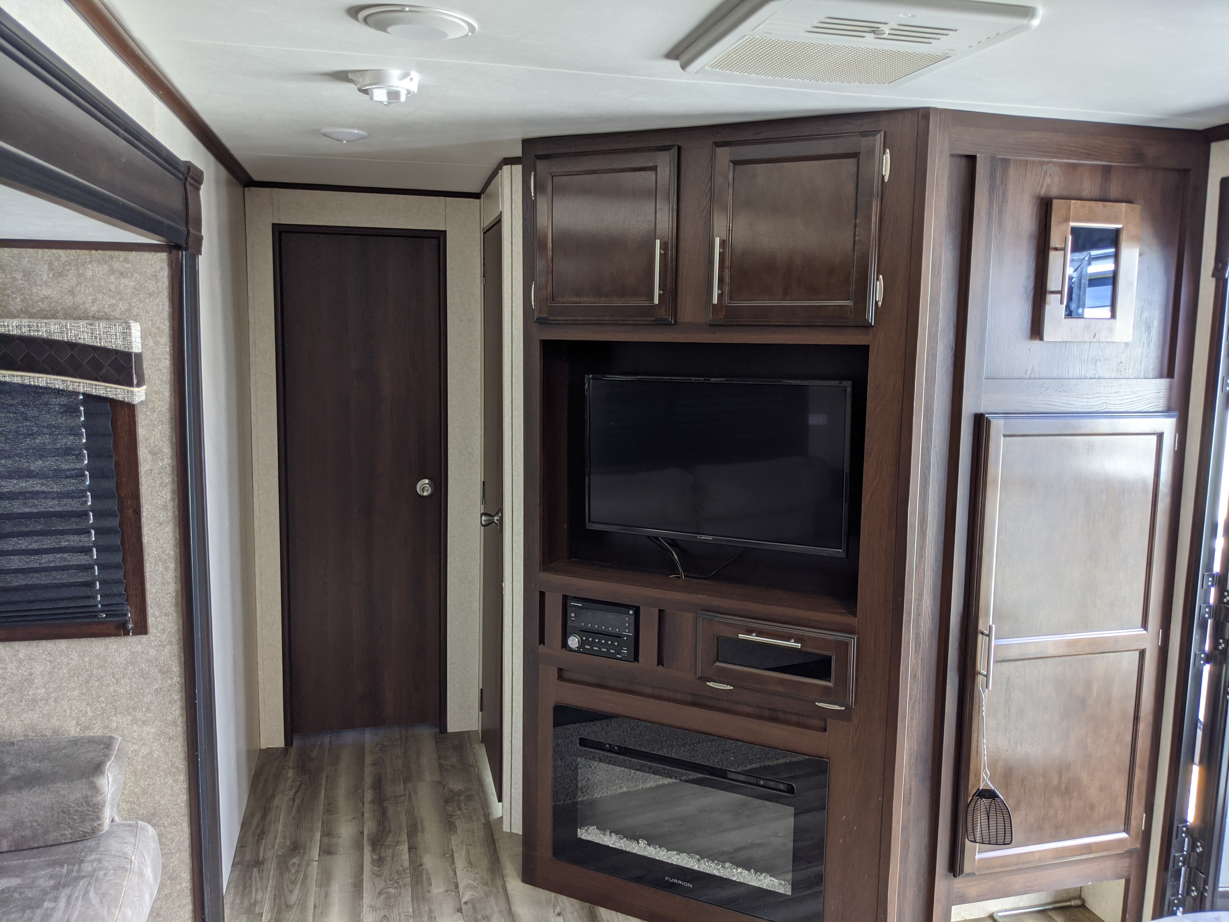 TV and electric fireplace.. Jayco Flite 2019