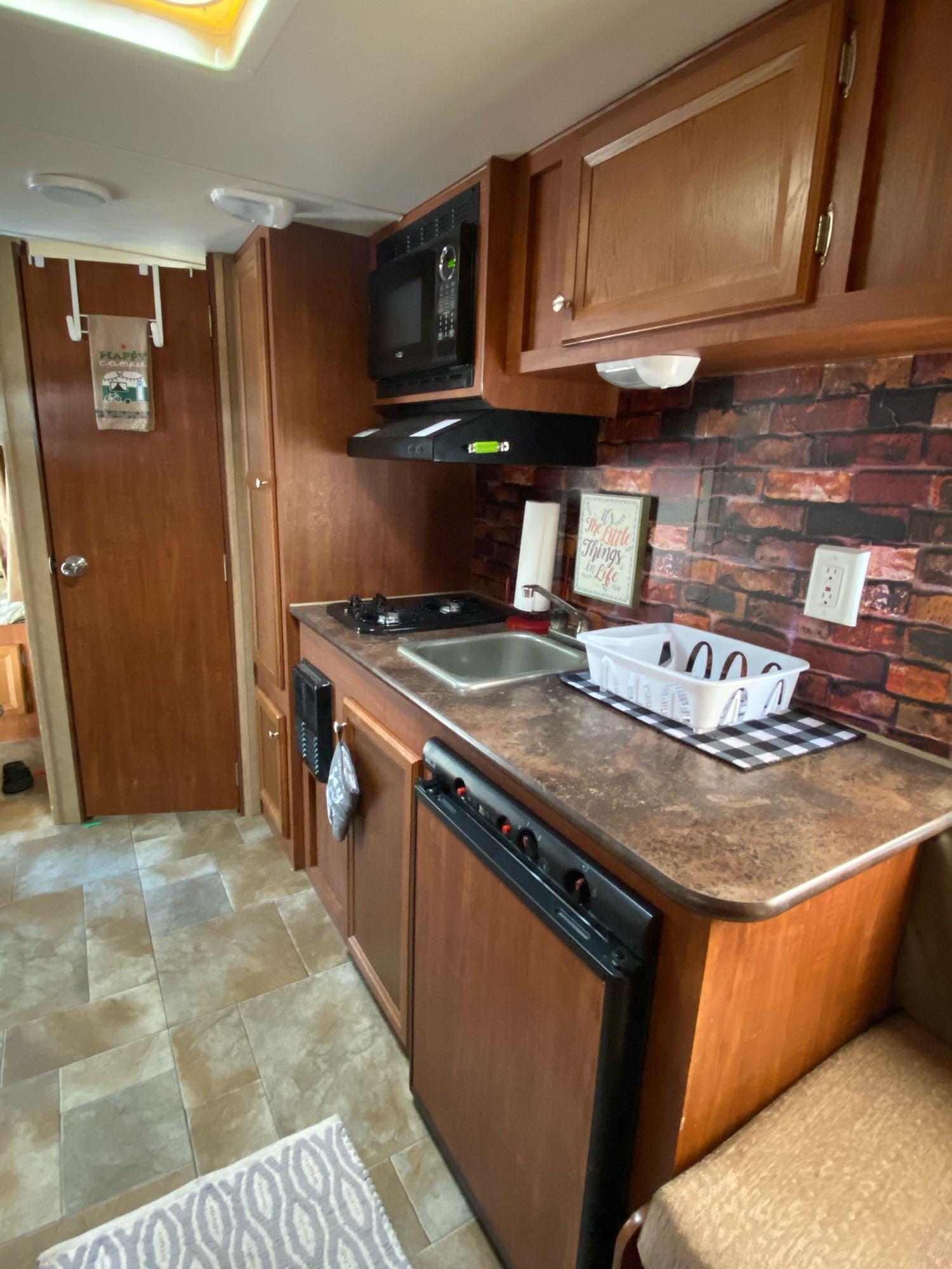 Fully stocked Kitchen. Jayco Jay Flight Swift 2013