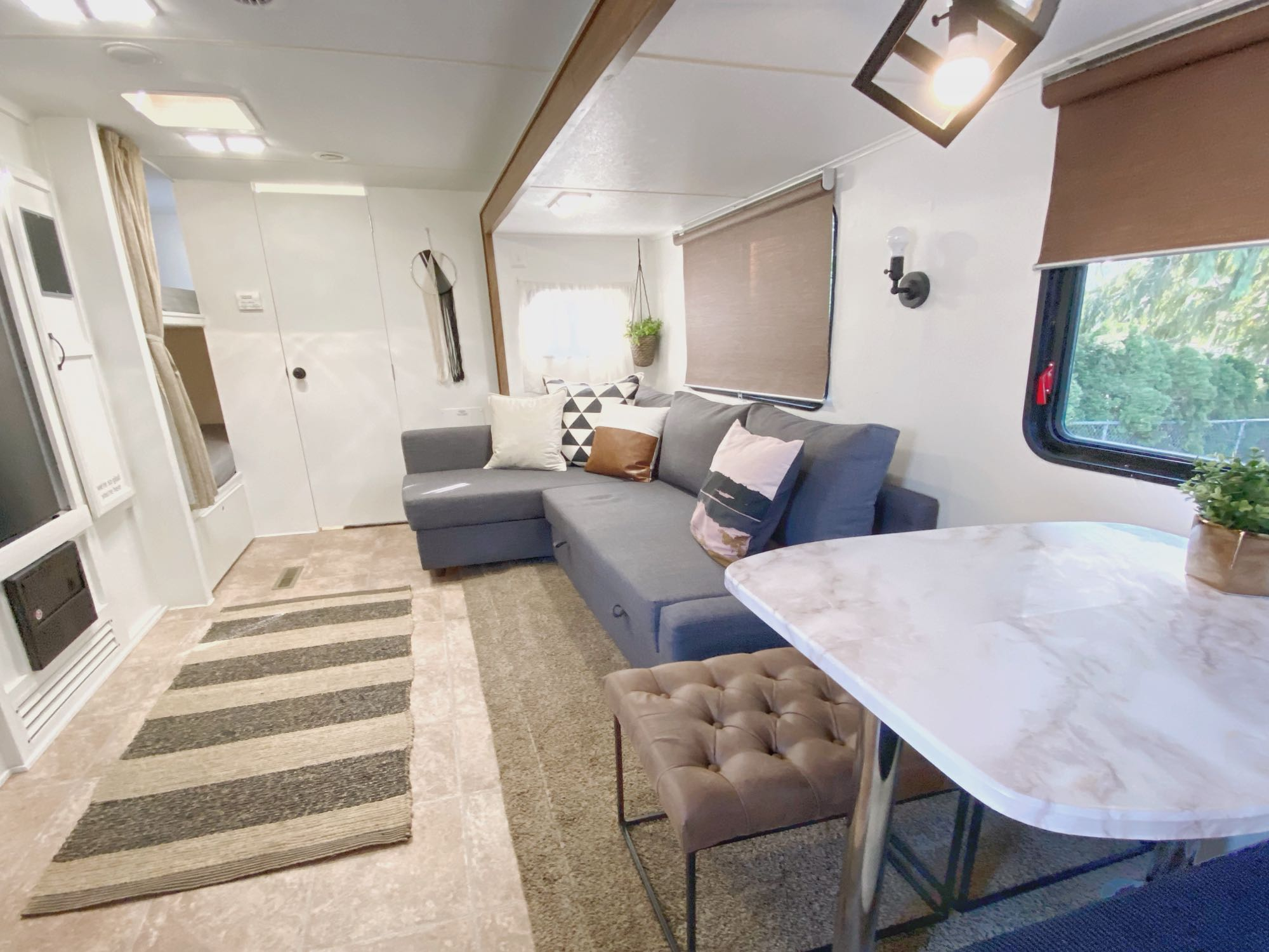 12ft full slide out area is living and dining combo.. Outdoors Rv Manufacturing Creek Side 2012
