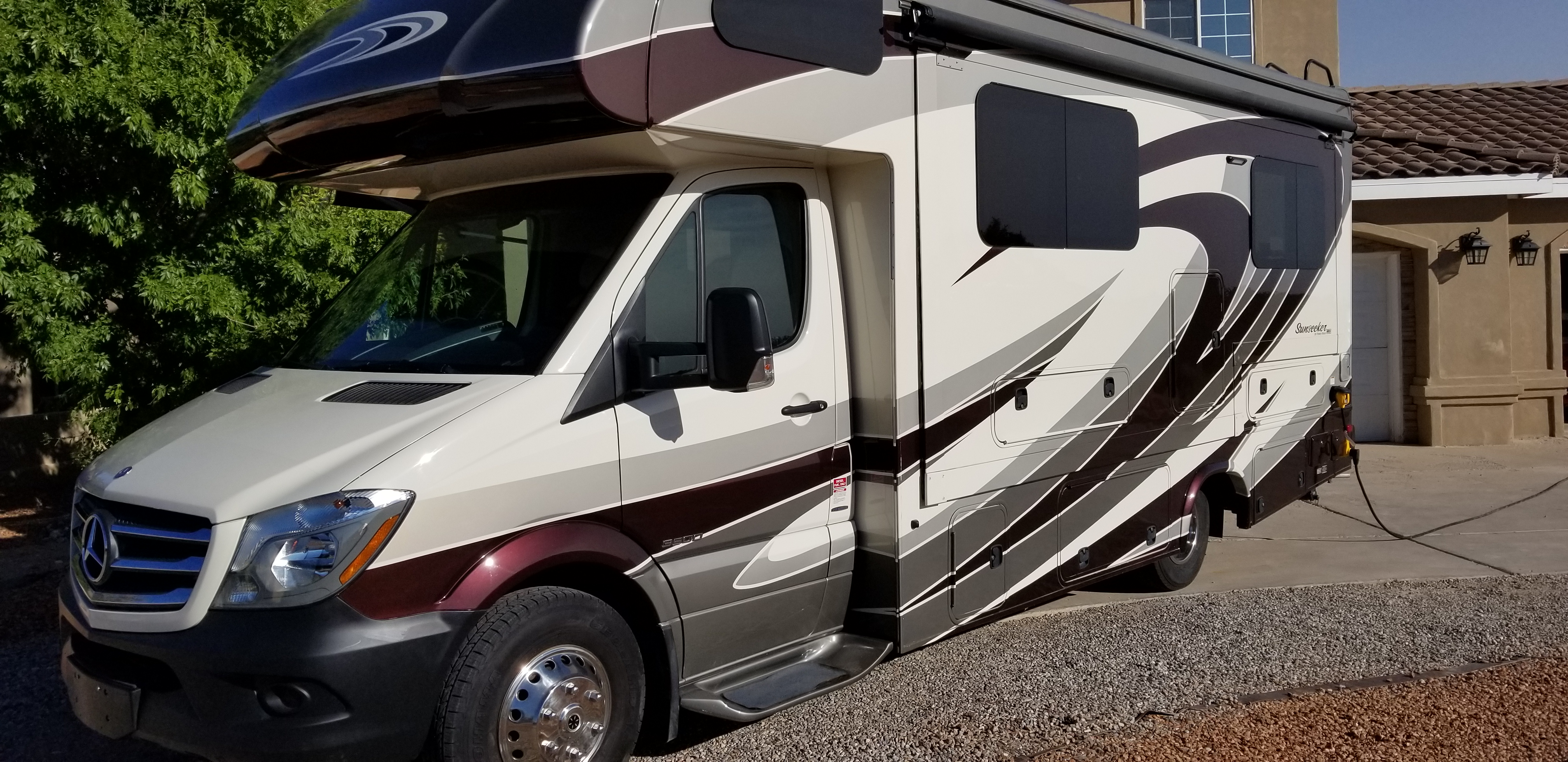 24' and drives like a van!. Forest River Sunseeker 2016