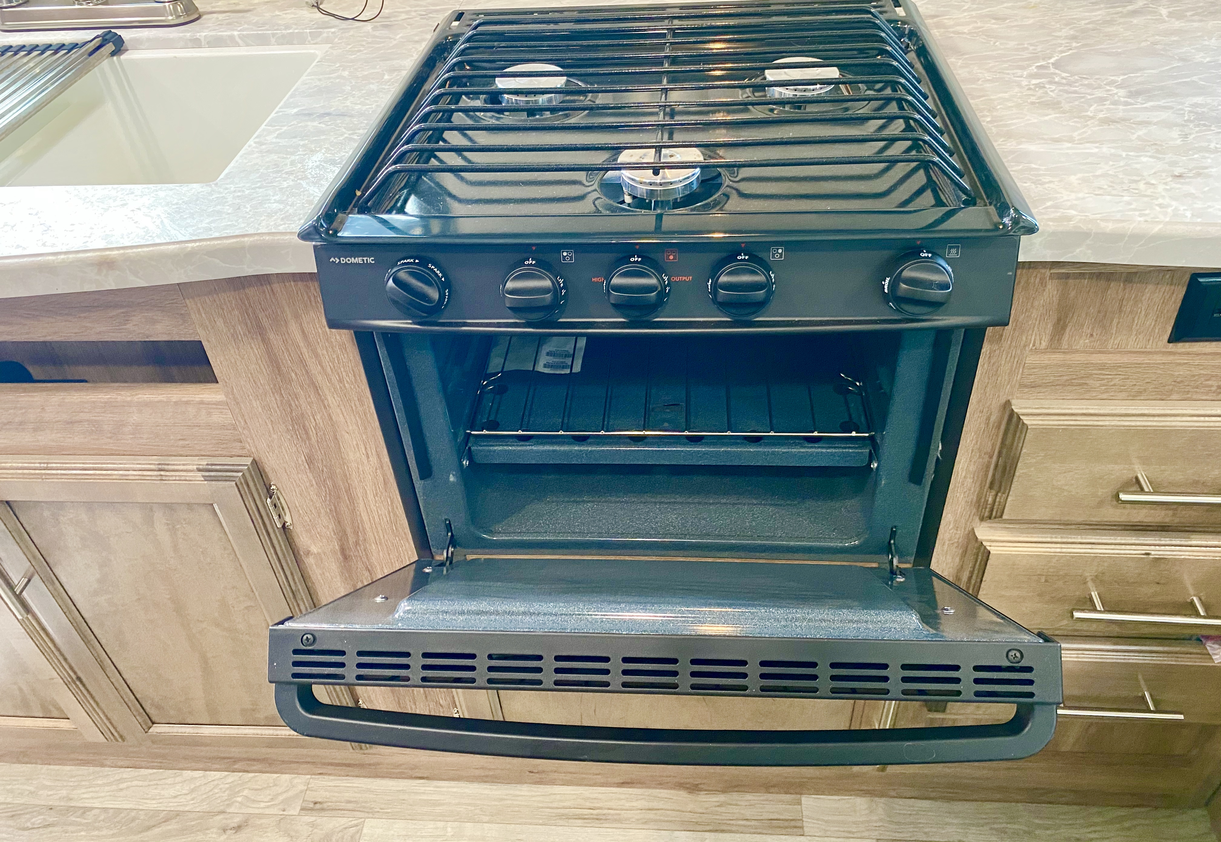 Stove and oven. Jayco Jay Feather 2019