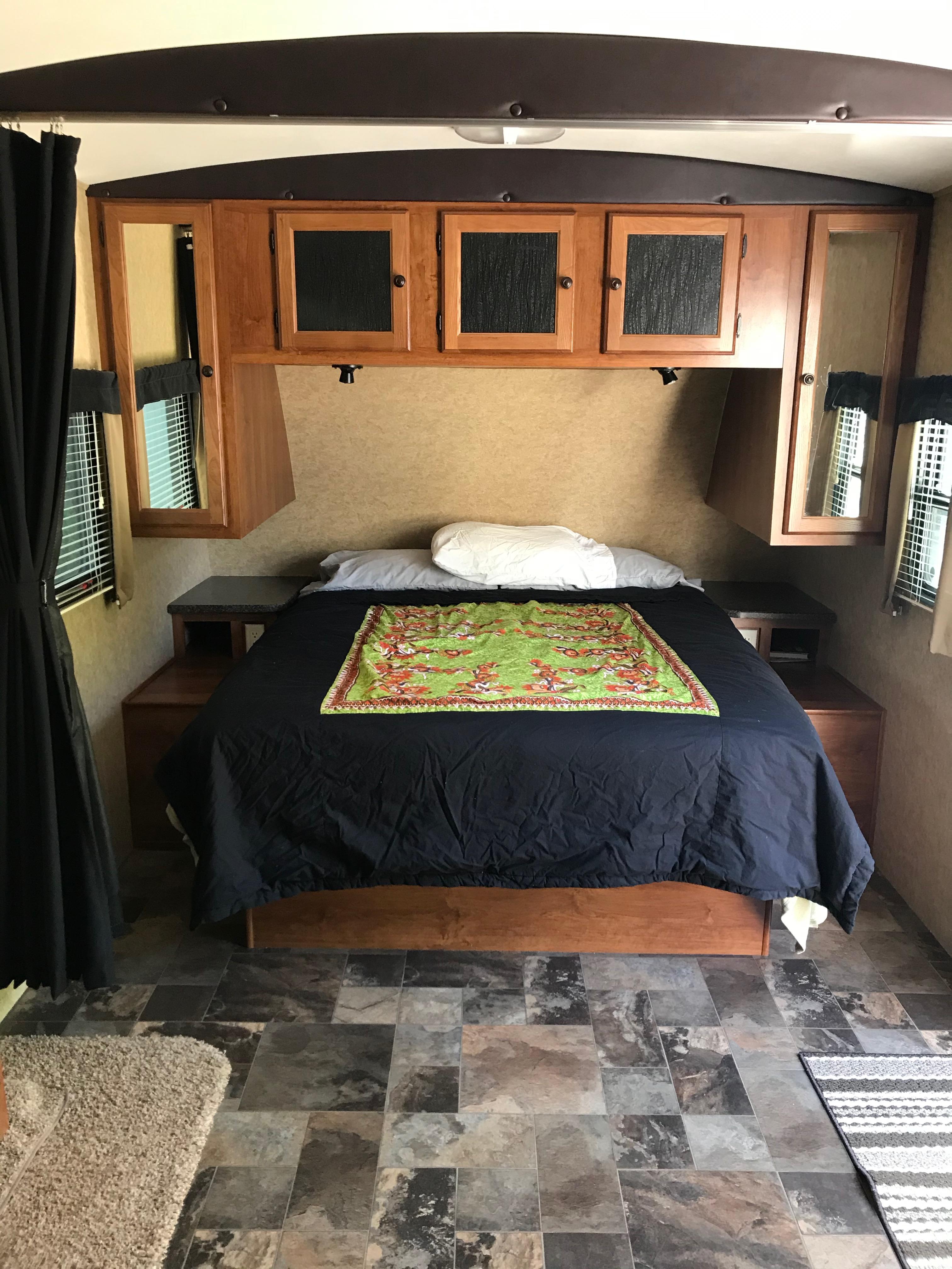Queen bed. Heartland Wilderness 2013