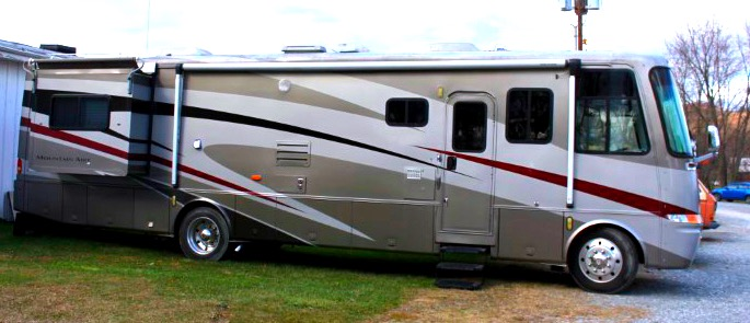 Newmar Mountain Aire 2002