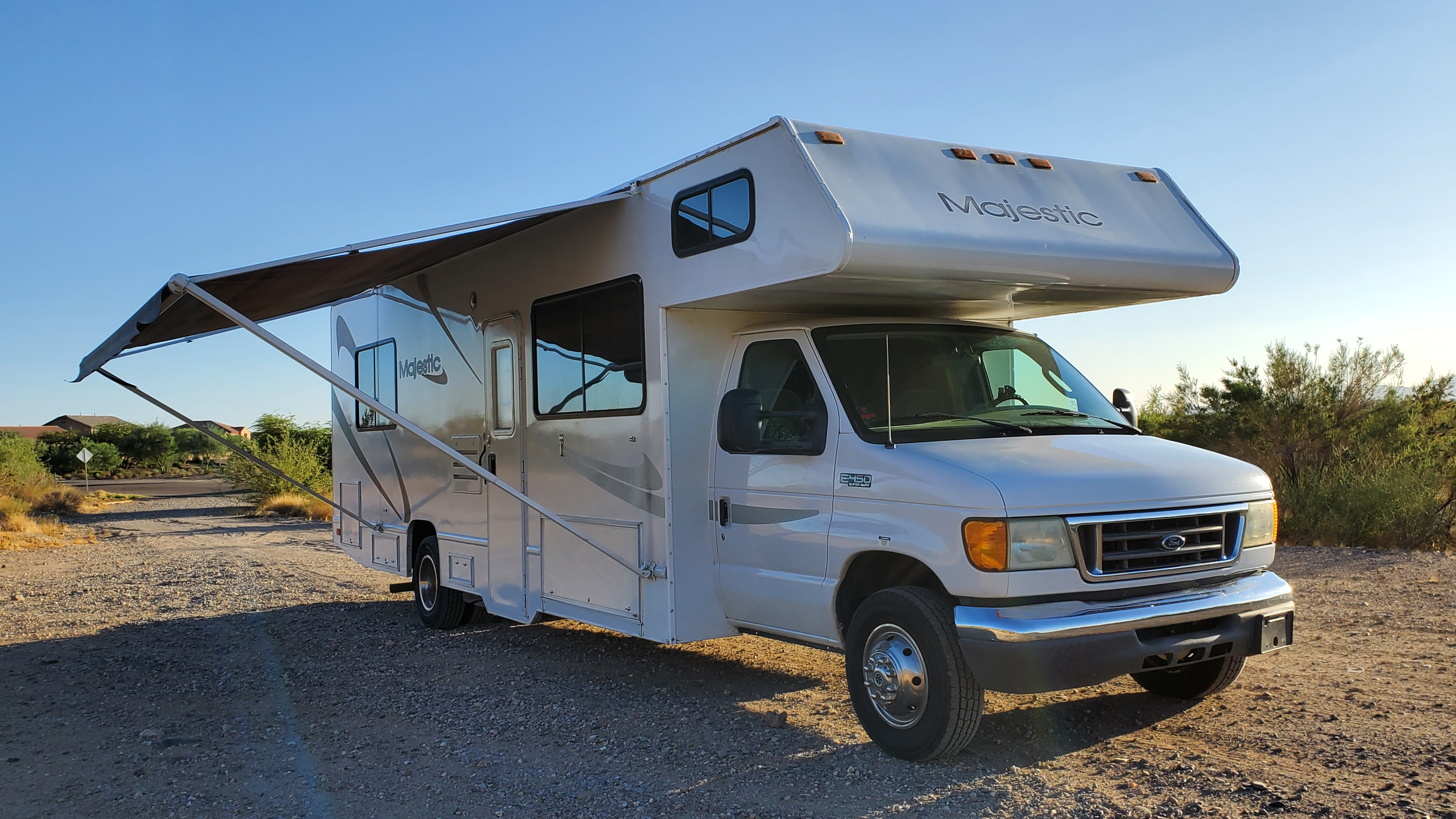 Thor Motor Coach Four Winds Majestic 2004